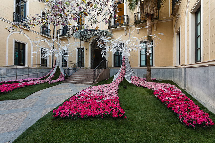 C rdoba courtyards host first flora flower festival curbed for International decor spain