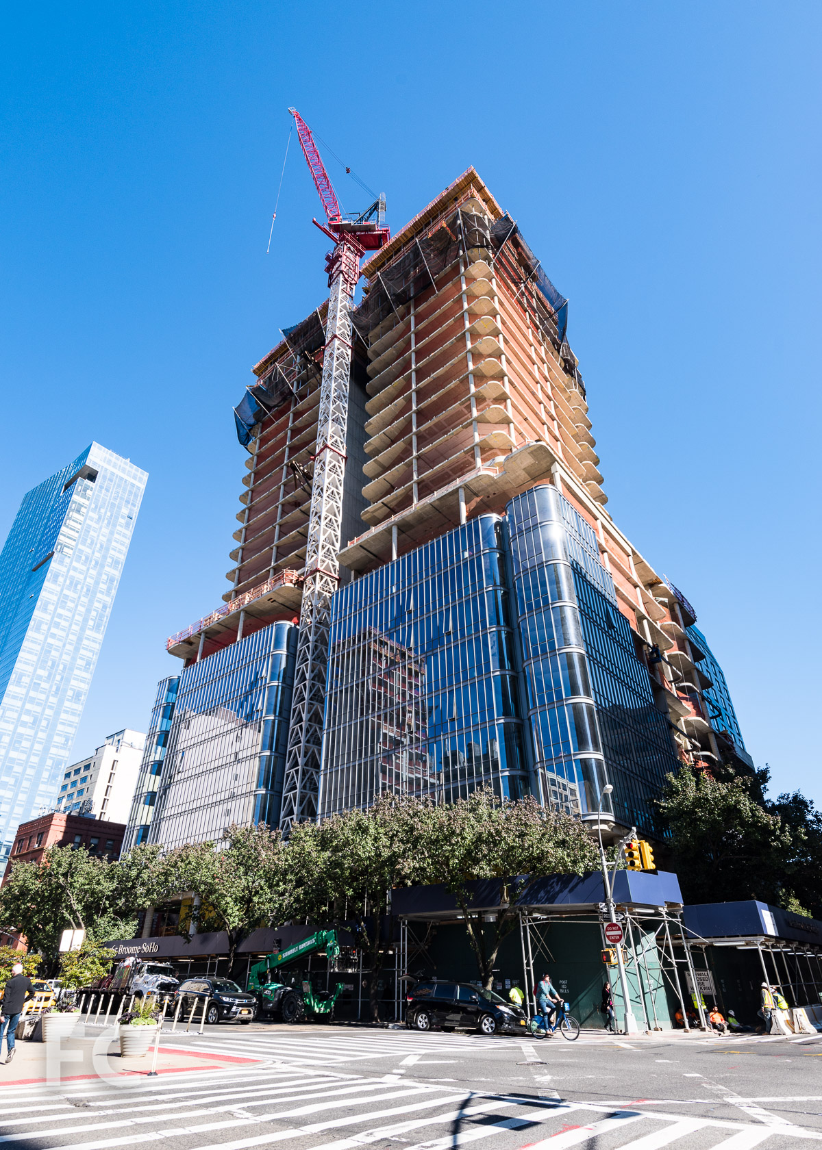 Renzo Piano\u0027s 565 Broome Soho is getting its glass facade - Curbed NY