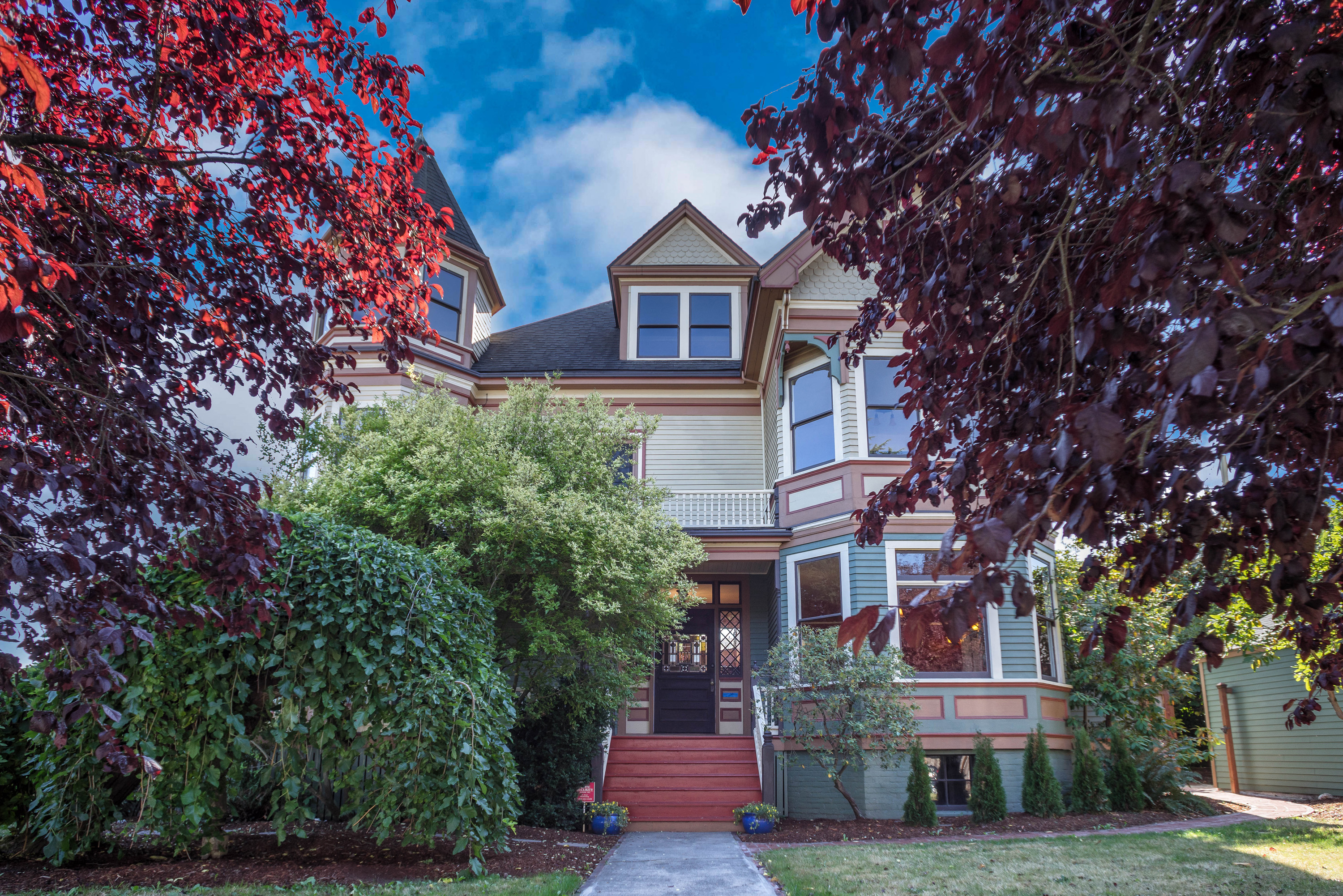 Historic Mount Baker Victorian Listed For 19M