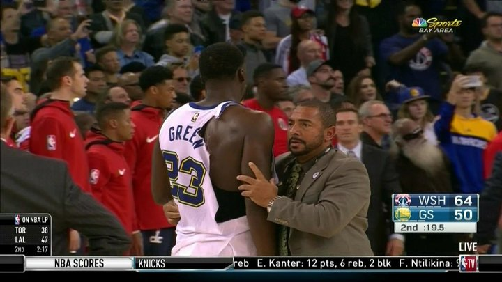 Draymond Green, Bradley Beal fight, get ejected from Warriors vs. Wizards game