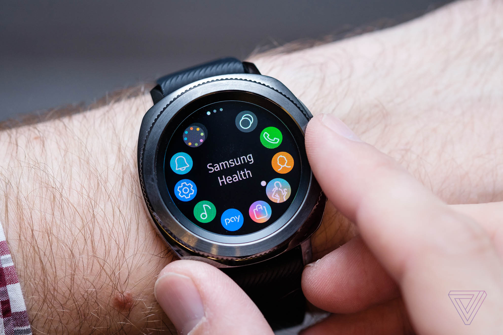 Samsung Gear Sport Review Running In Circles The Verge