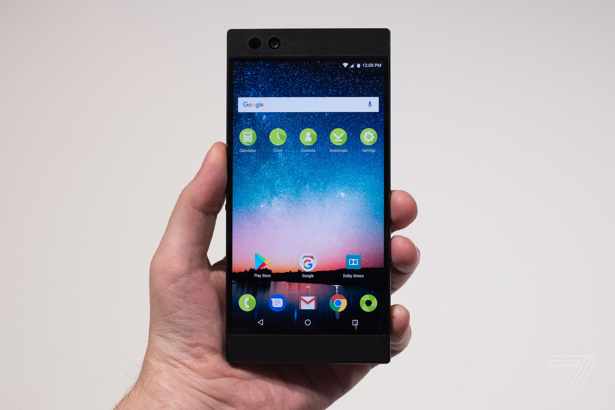 Razer phone announced huge bezels no headphone jack and more razer phone photo by vlad savov the verge stopboris Images