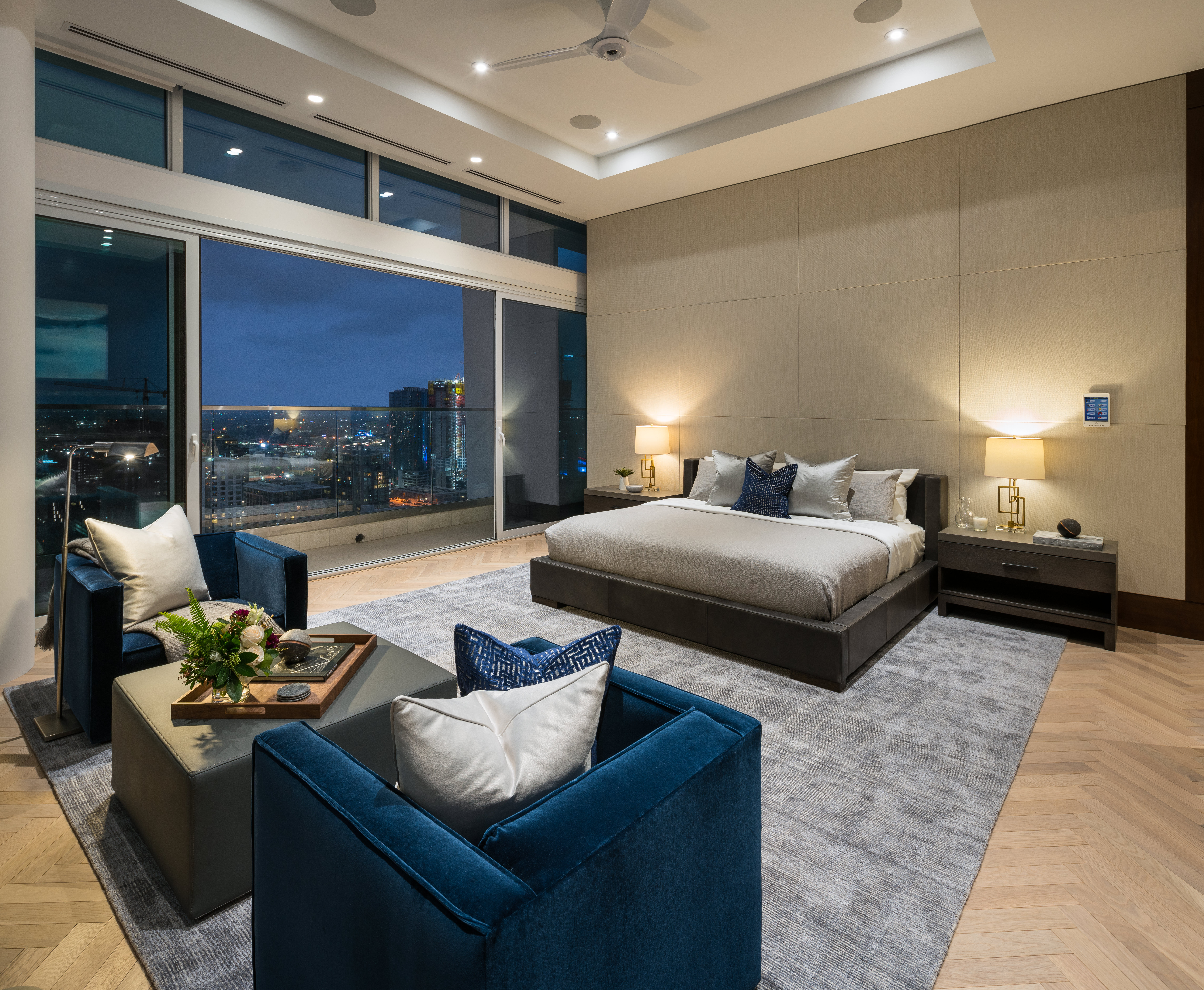 La s most expensive penthouse debuts in south park for Penthouse in los angeles