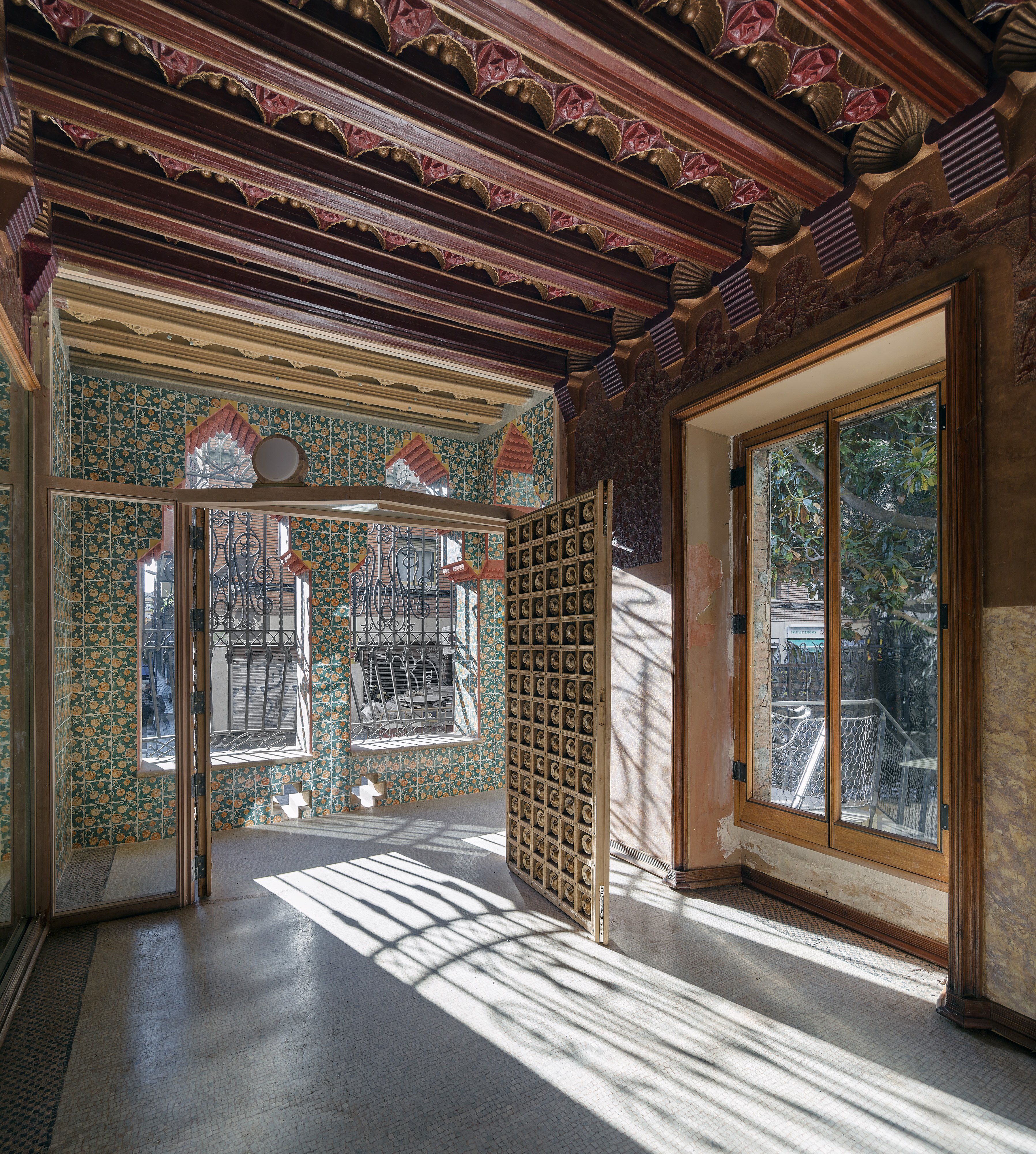 Antoni gaud s casa vicens to open later this month in for Casa vicens gaudi