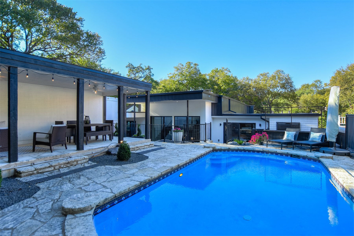 Modern Remodeled Home In Tarrytown Asks 1 375m Curbed