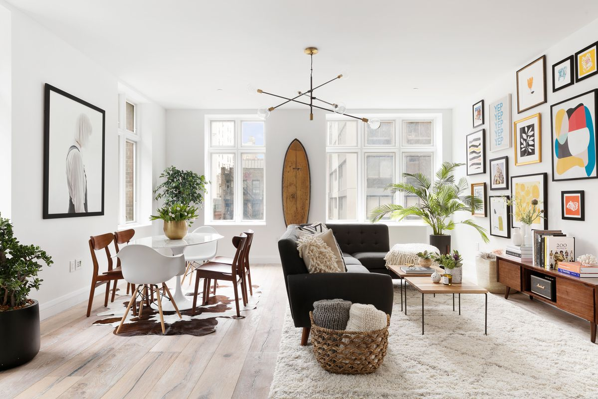 39 this american life 39 host ira glass lists nyc condo for 1 for Chelsea nyc apartments for sale