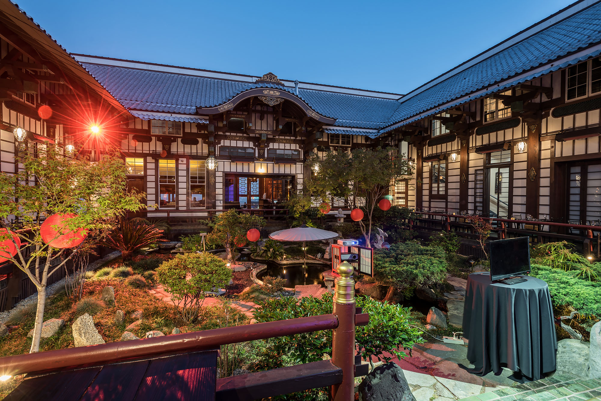Yamashiro A Visual Feast Of The Storied Hollywood Hilltop