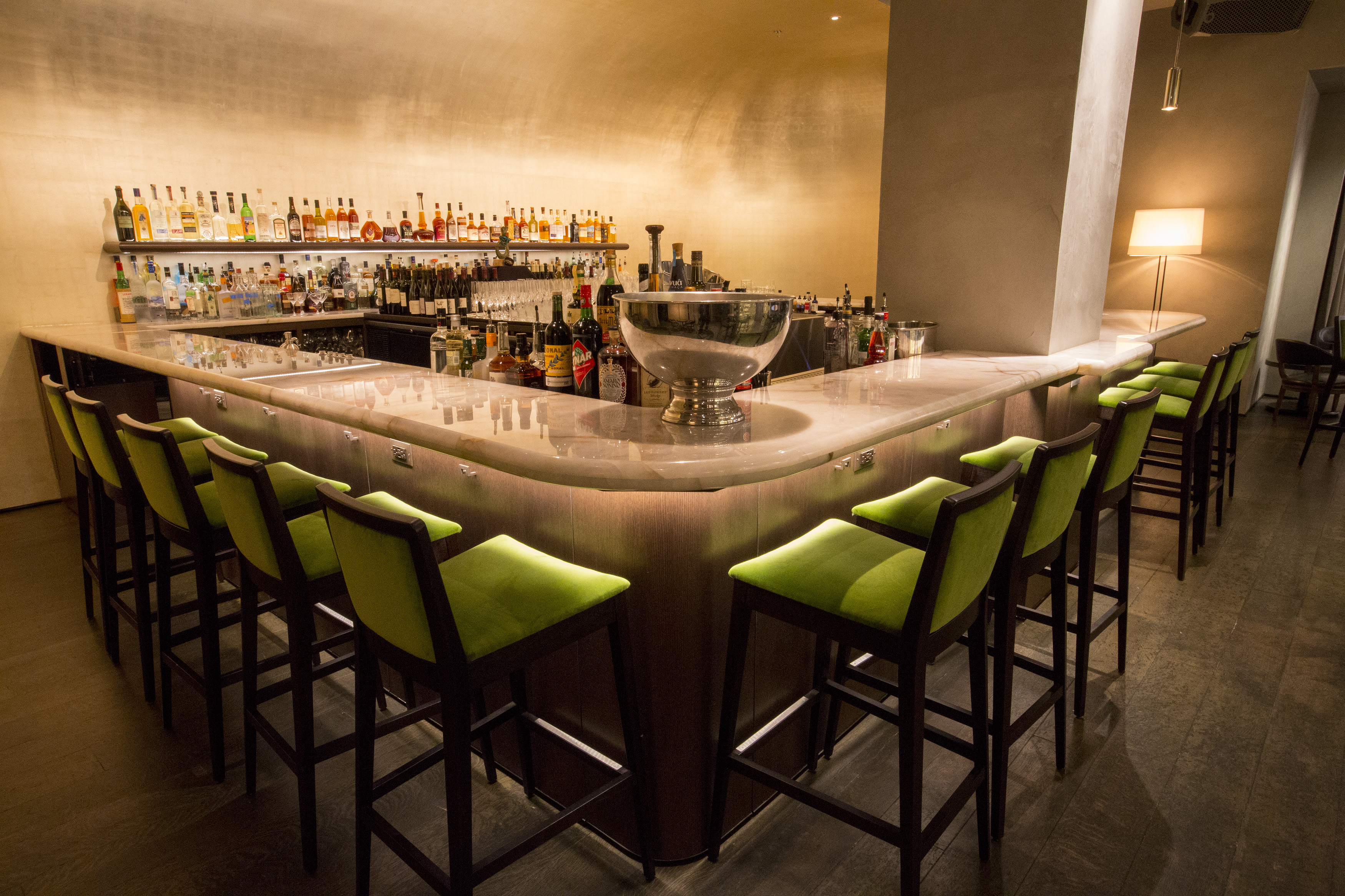 Inside the Revamped Pump Room, Now Open From Lettuce Entertain You ...