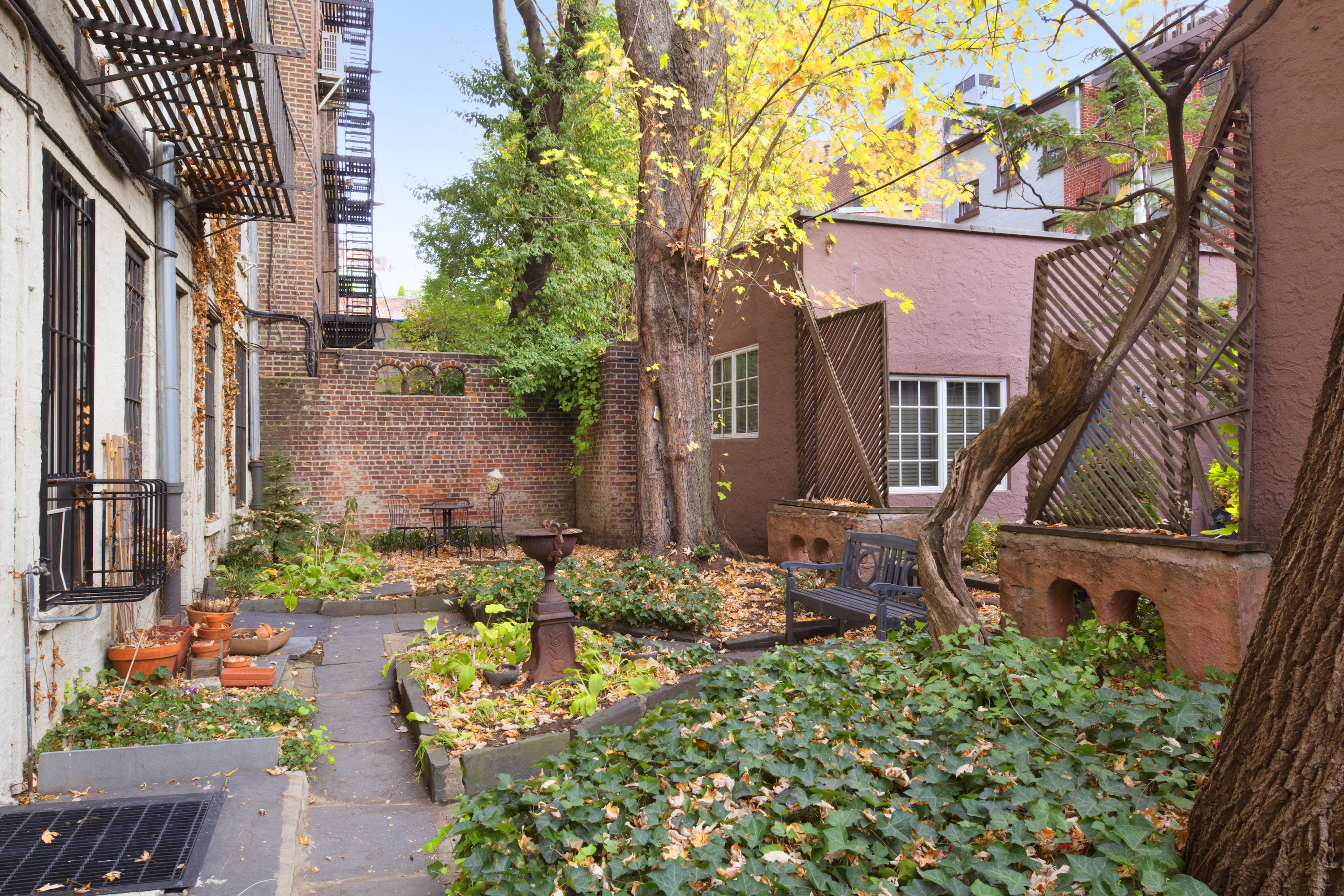 Chic one bedroom in the west village seeks 825k curbed ny for West village apartment for sale