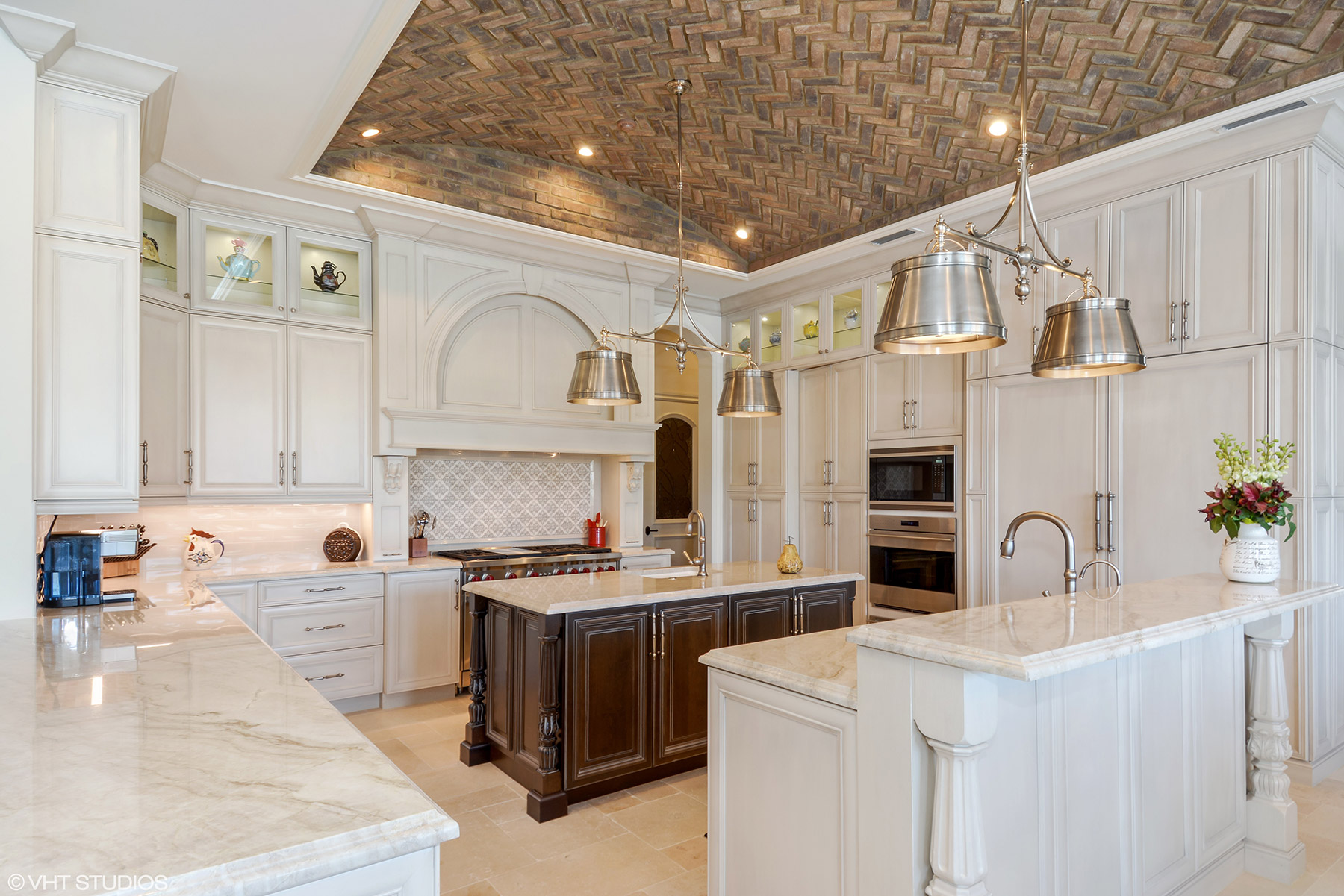 Boca manse with chicago brick ceiling in the kitchen asks 155m records show the property before this current home was built sold for 425 million in 2016 dailygadgetfo Image collections