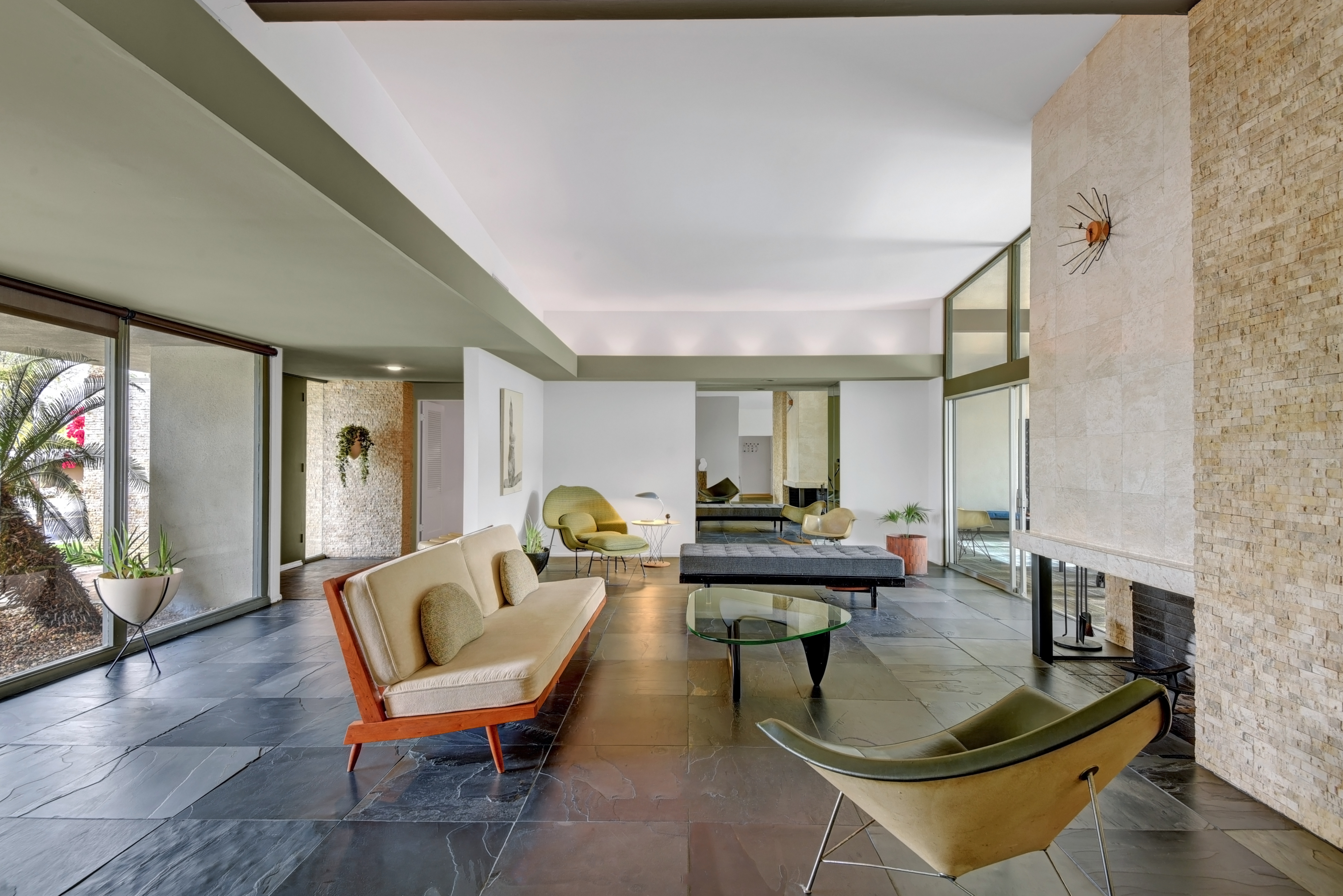 60s modern in palm desert for sale for 1 5m curbed la