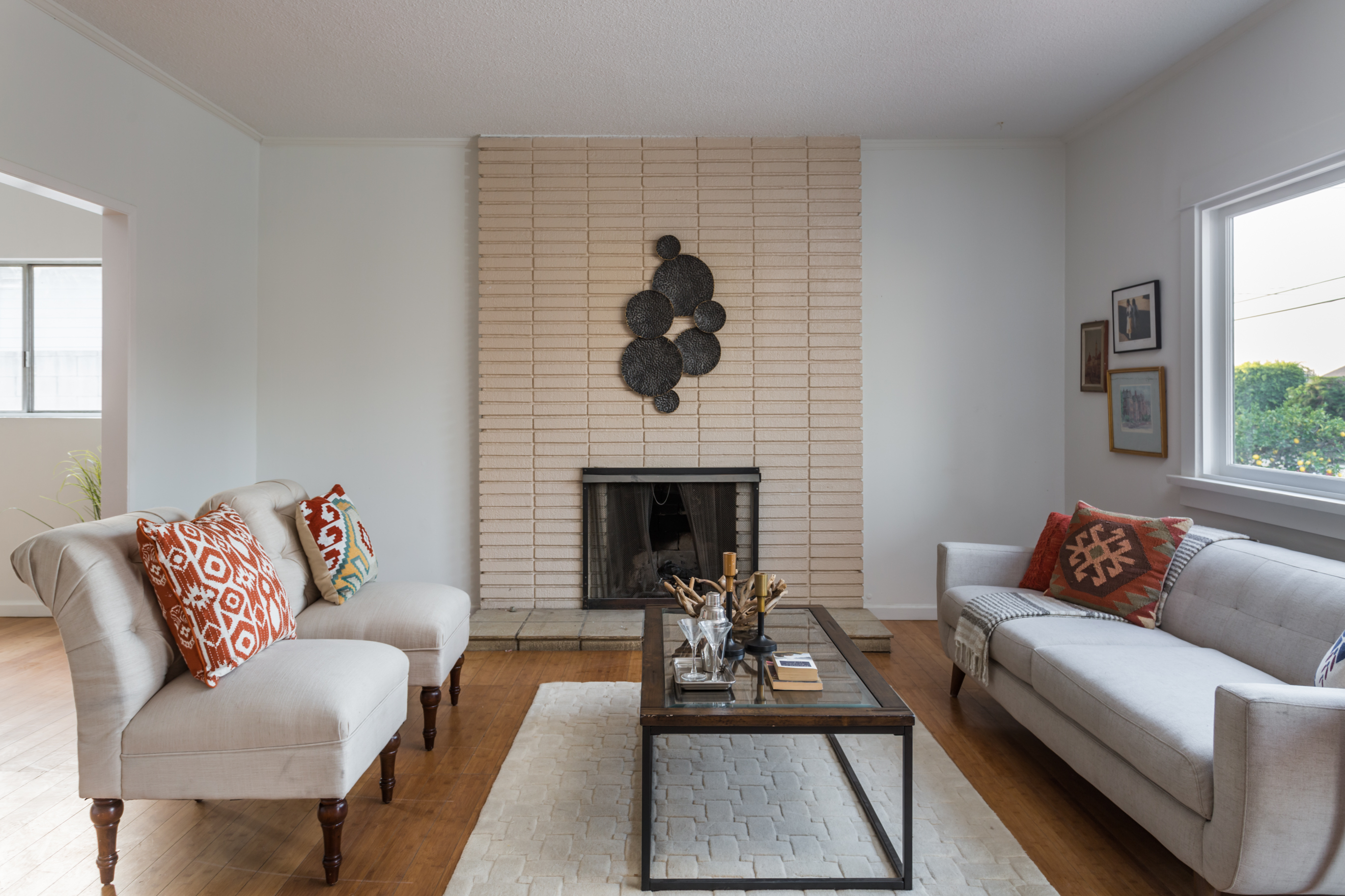 cute spanish style flips back to the market in highland park for
