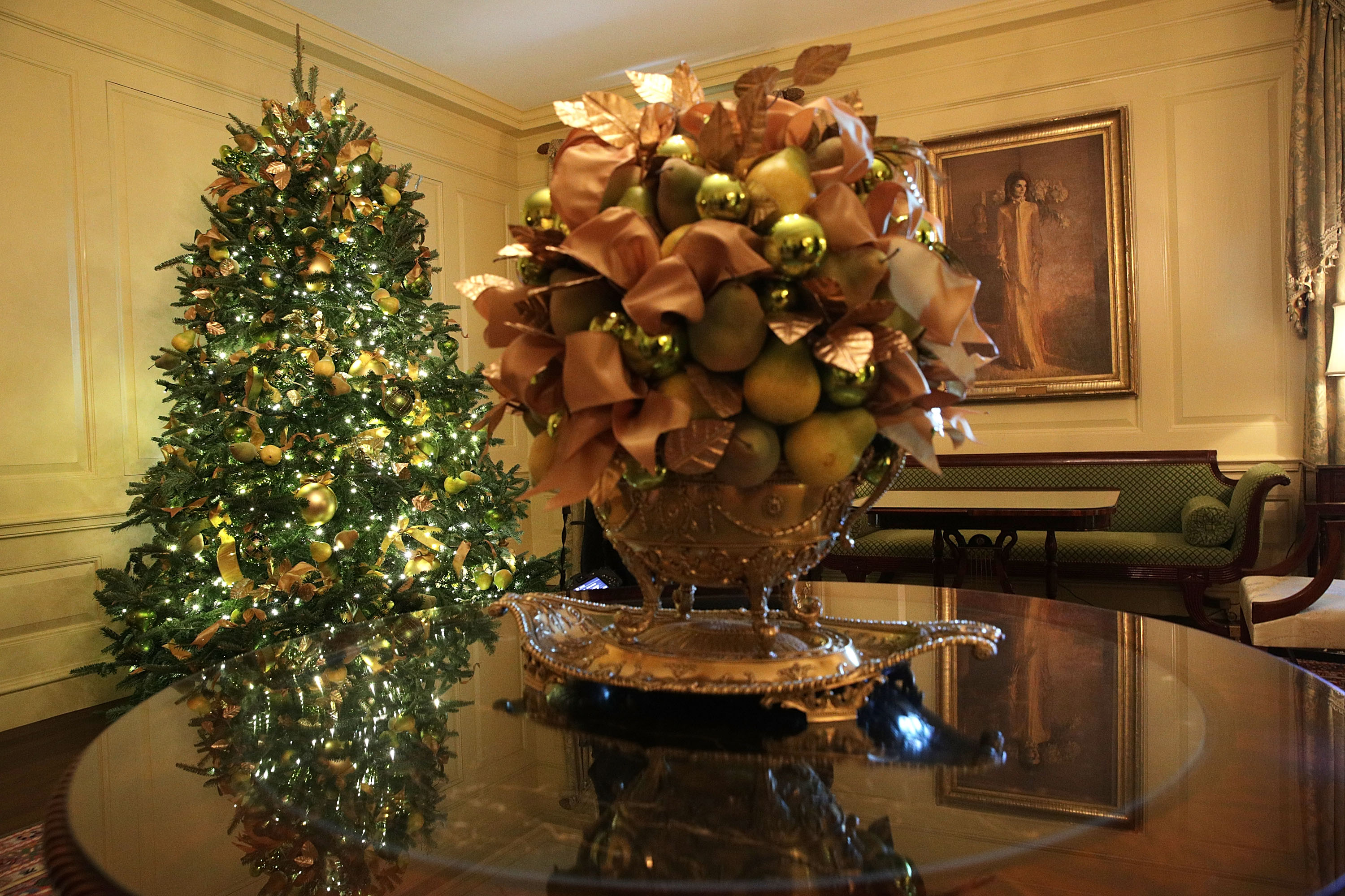 The White House Unveils Christmas Decorations Curbed Dc