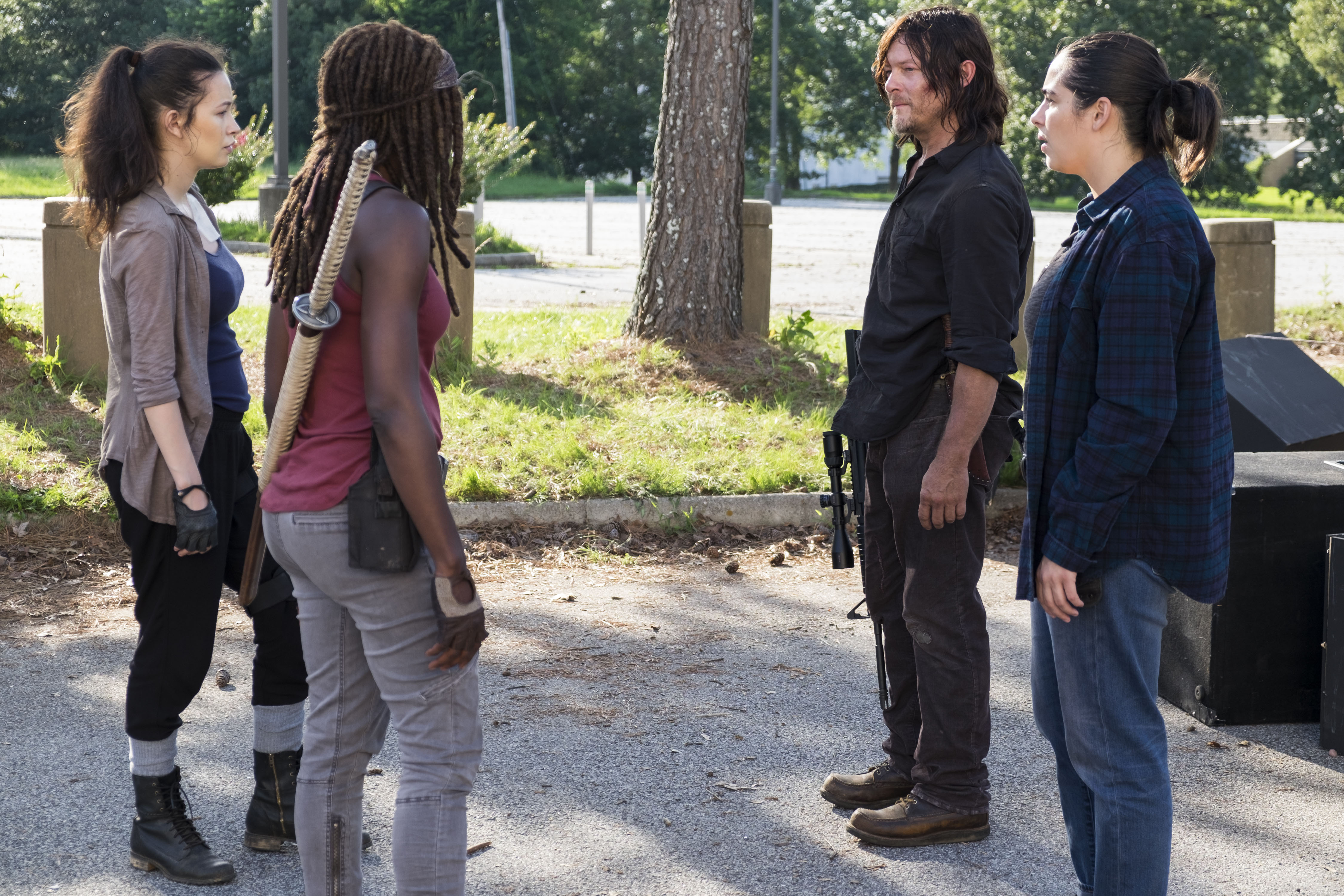 Norman Reedus as Daryl Dixon, Alanna Masterson as Tara Chambler, Christian Serratos as Rosita Espinosa, Danai Gurira as Michonne - The Walking Dead _ Season 8, Episode 6 - Photo Credit: Gene Page/AMC