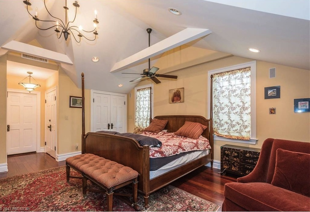 Brooklyn Home Made Famous In 'Saturday Night Fever' Is For Sale