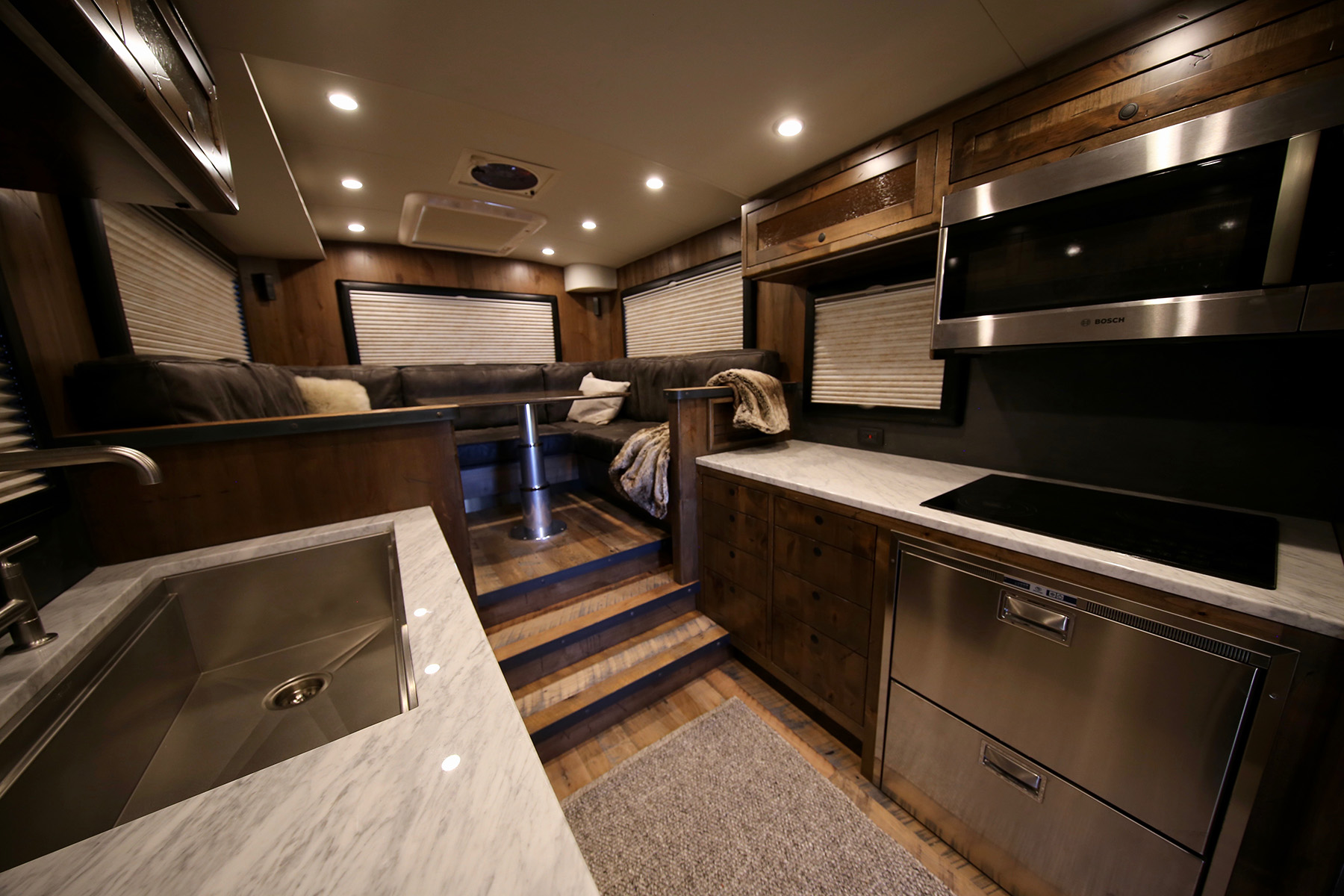1 5m Earthroamer Xv Hd Is A Go Anywhere Cabin On Wheels