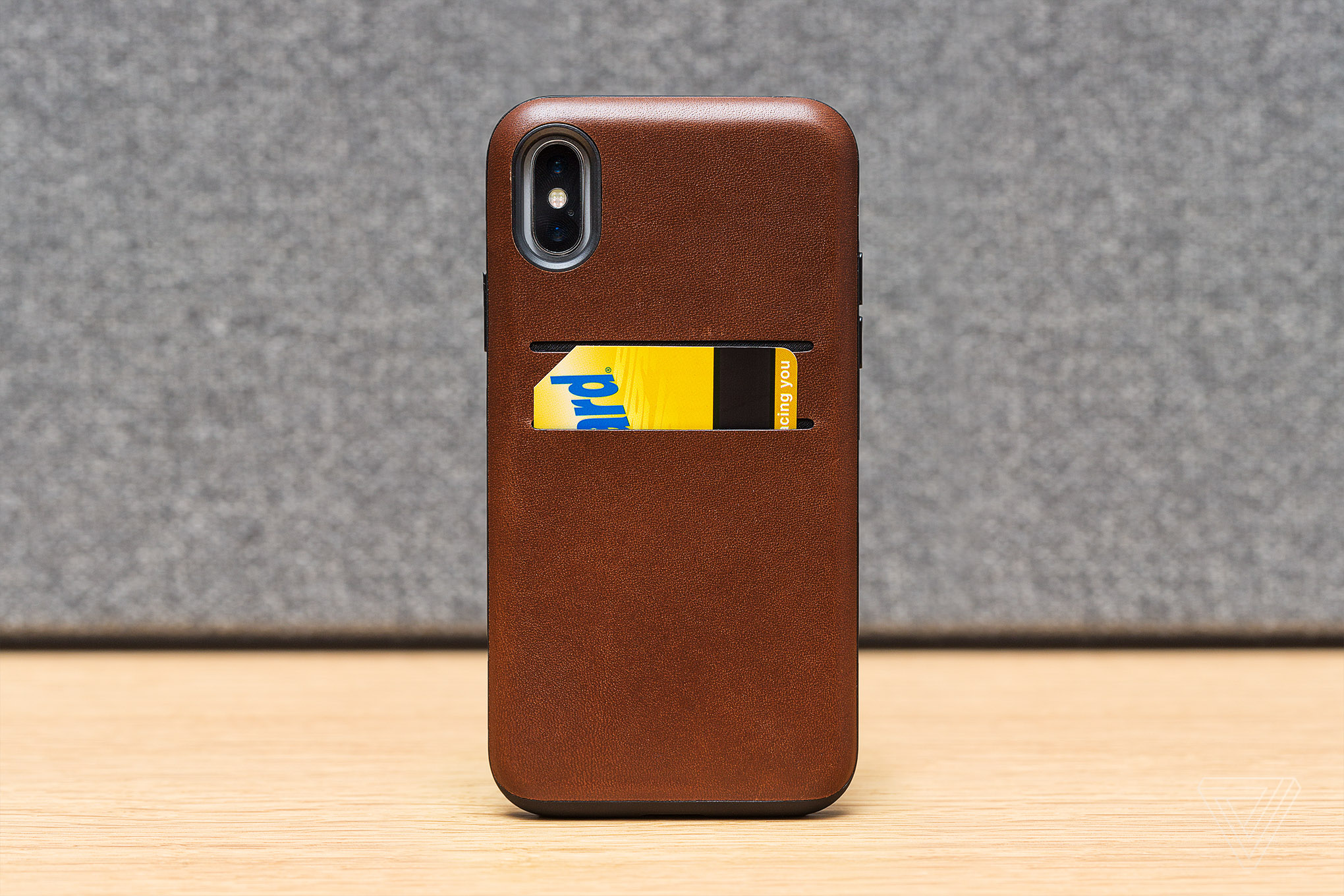 purchase cheap 9fd0e 95c06 Finding the best leather case for the iPhone X - The Verge
