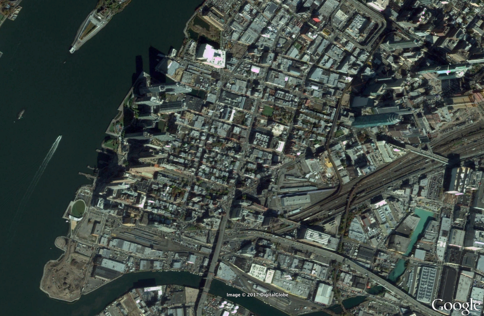 These maps show 15 years of change in NYC's waterfront