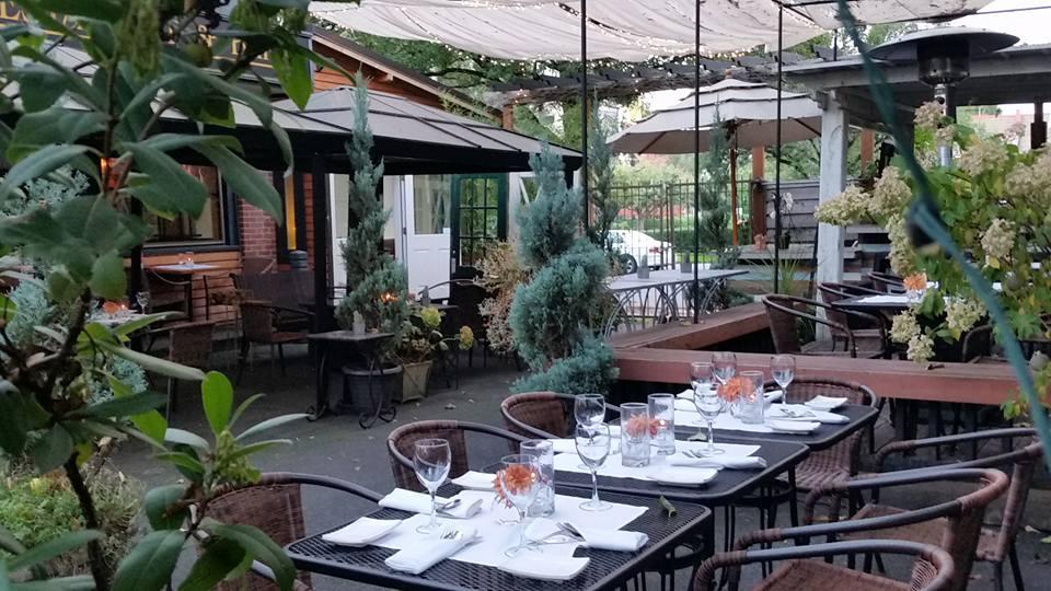 Chameleon Restaurant And Bar Portland