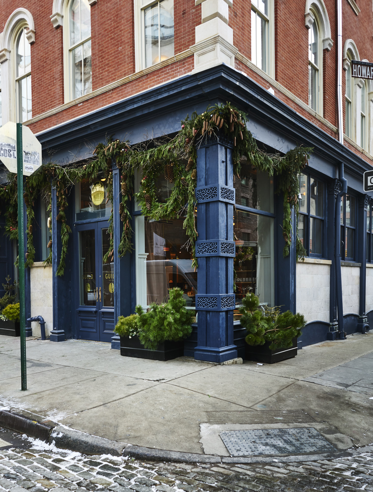 team behind le coucou opens new french restaurant in soho. Black Bedroom Furniture Sets. Home Design Ideas