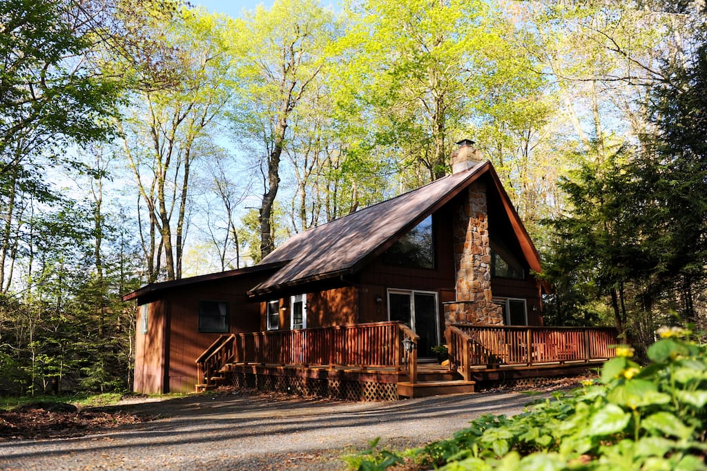 5 cozy cabins near philly to rent this winter curbed philly for Cabin rentals near philadelphia