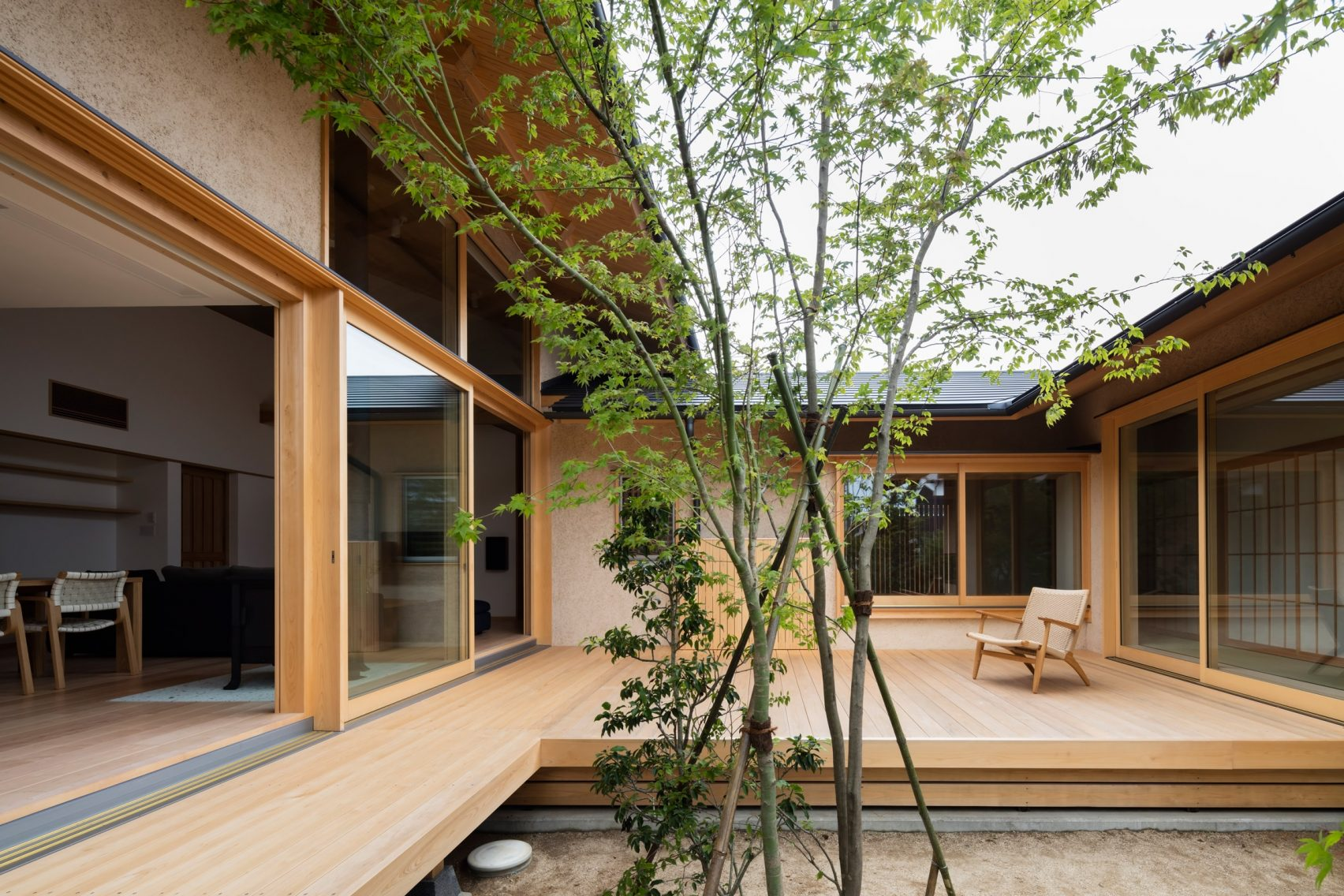Open Floor Plan House Plans One Story Japanese Courtyard House Makes The Case For Simplicity