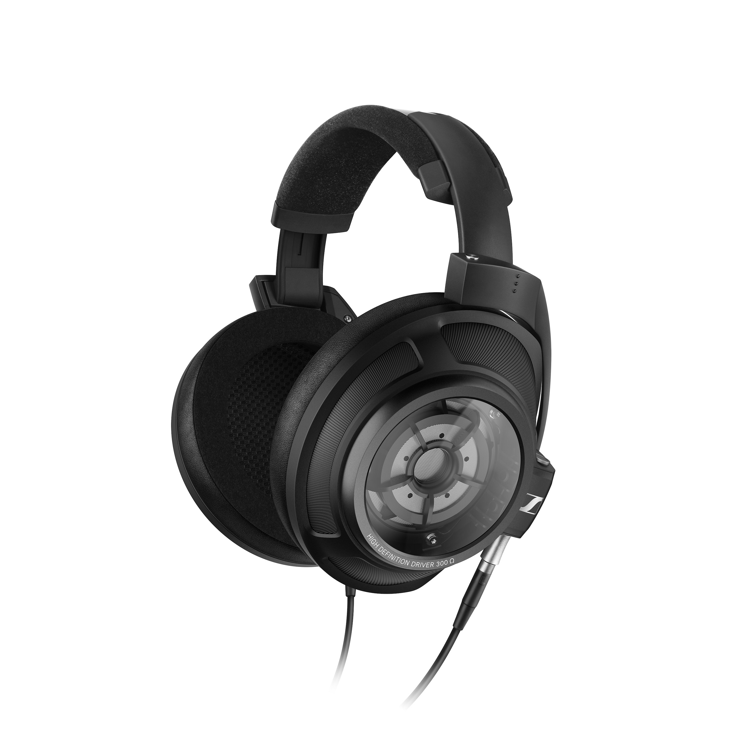 Sennheiser announces HD 820 closed-back headphones