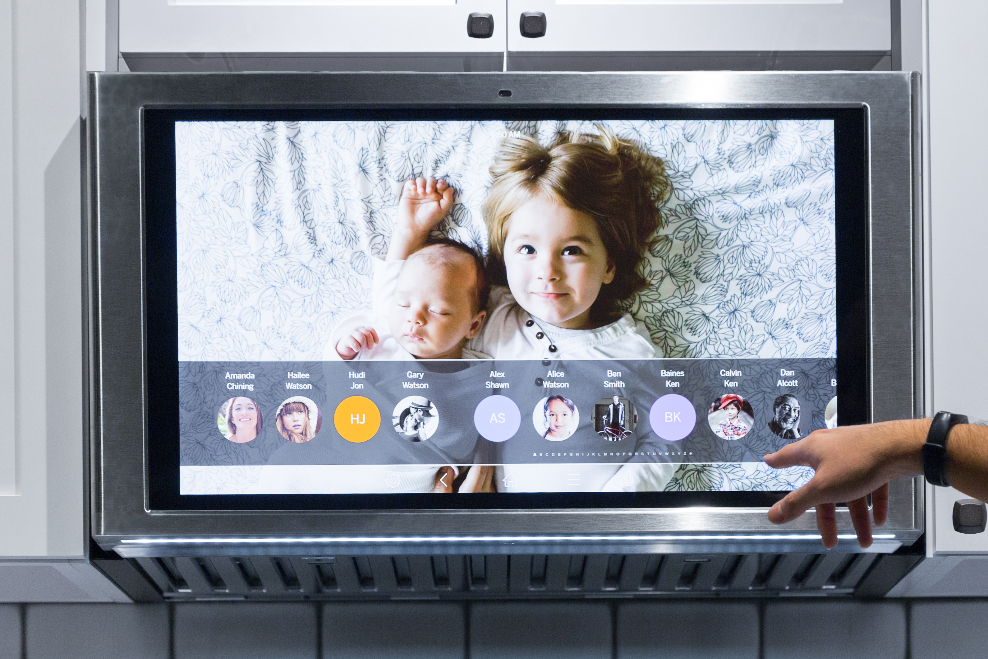 جی ای اپلاینس خانه هوشمند تبلت آشپزخانه Family Hub GE Appliance