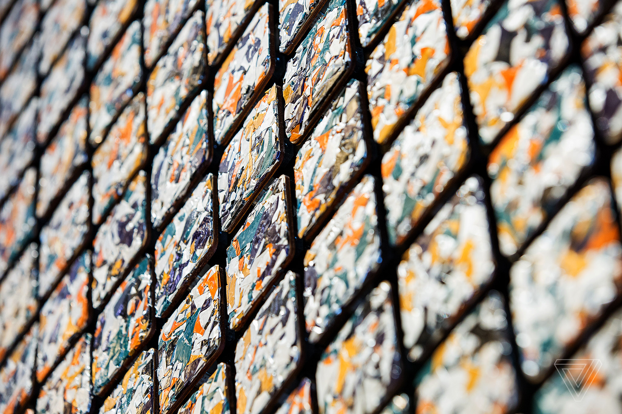 Daniel Rozin's interactive sculpture is made of 832 moving tiles