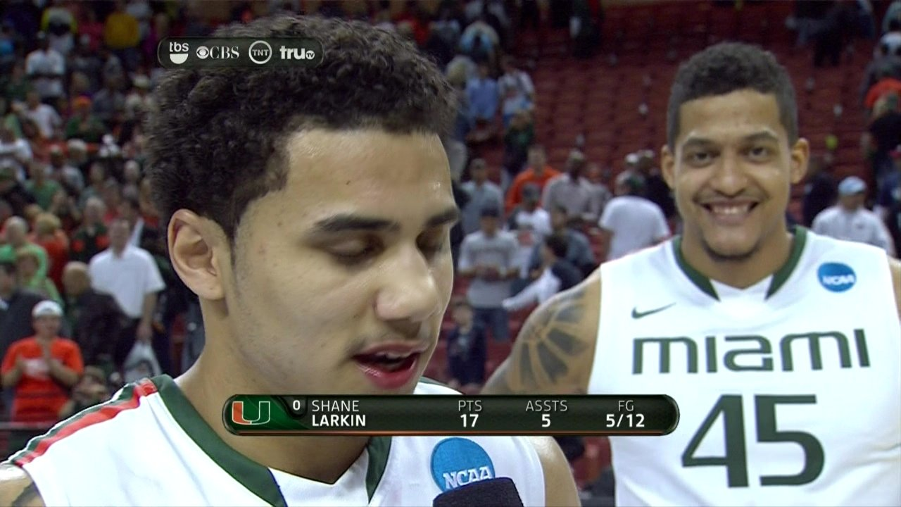 Julian Gamble with a top-notch photobomb, Jim Larranaga with a top-notch dance