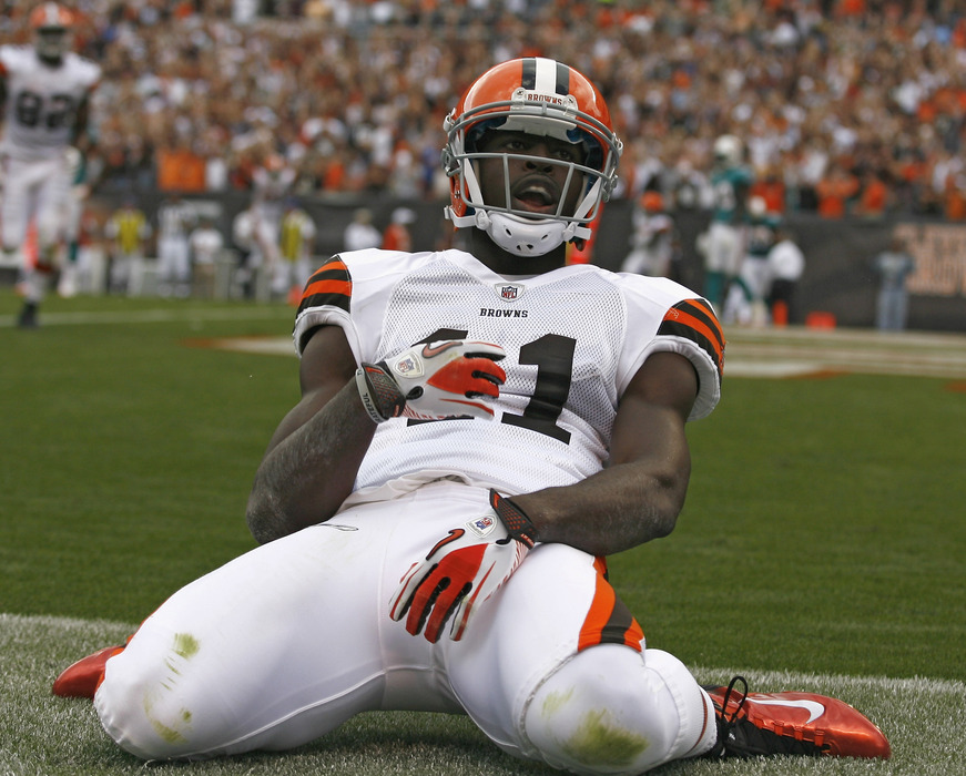 Fun fact about Mohamed Massaquoi:  He's pretty good at limbo.