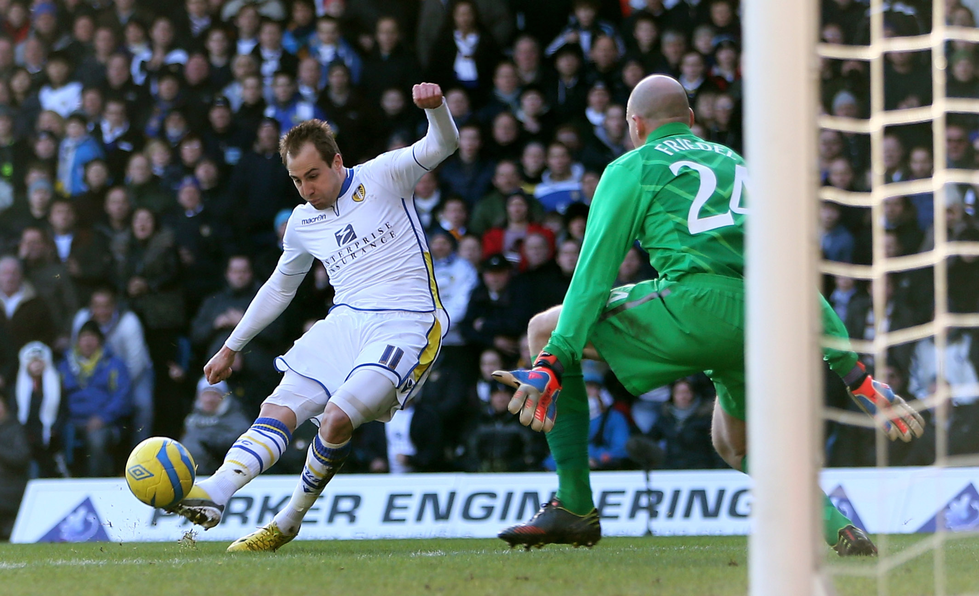 Luke Varney bagged two headers as United came from behind to win 2-1 at Elland Road.