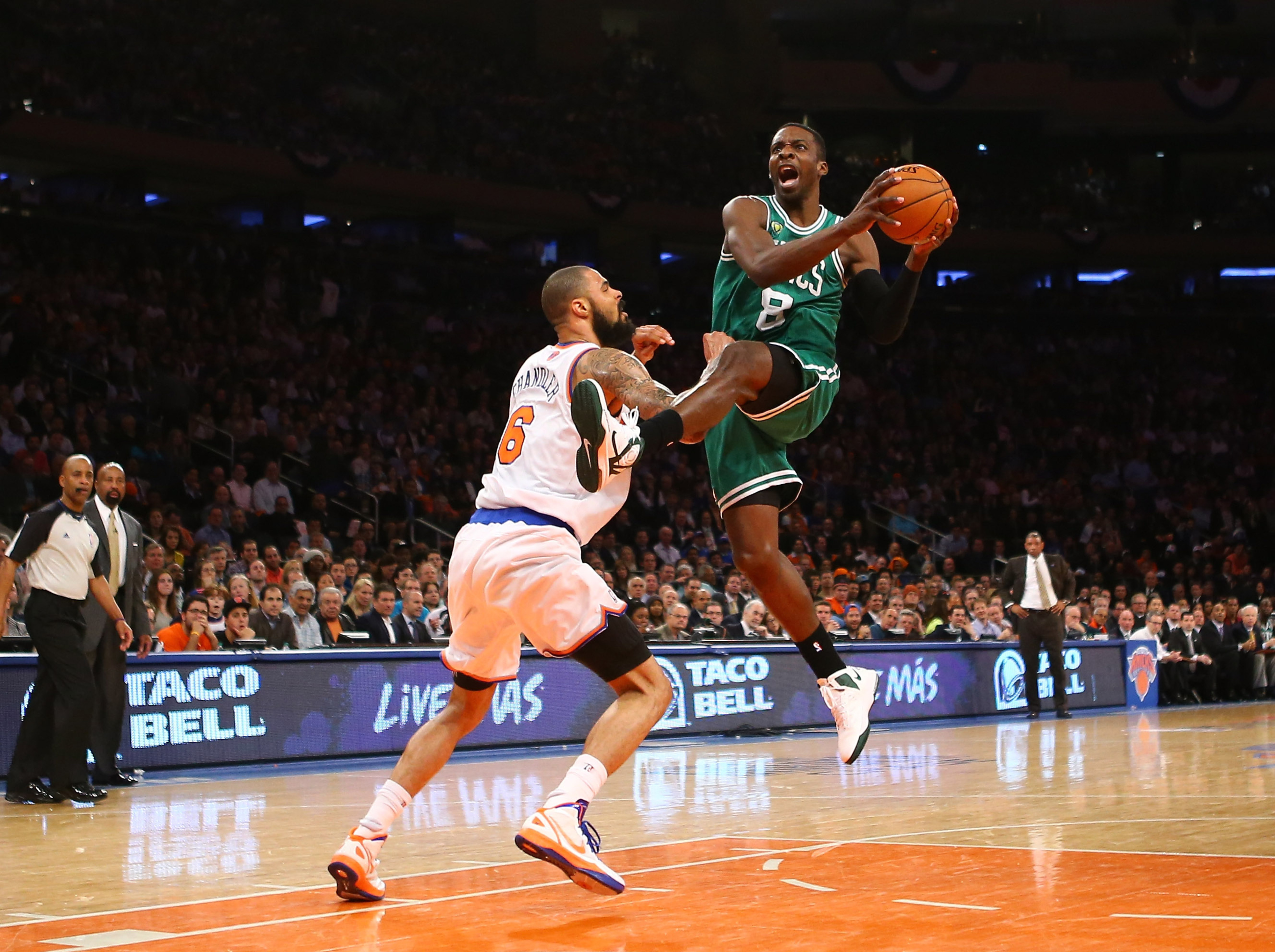 Celtics' offense struggles again with second half execution