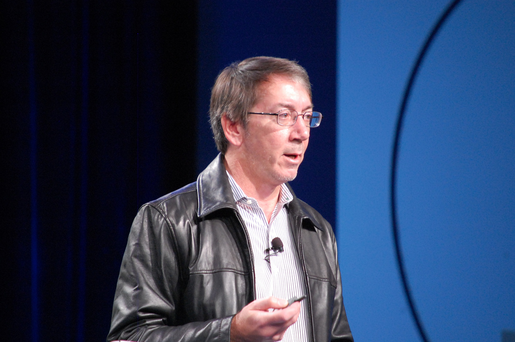Will Wright says EA's SimCity server issues were 'basically inexcusable'