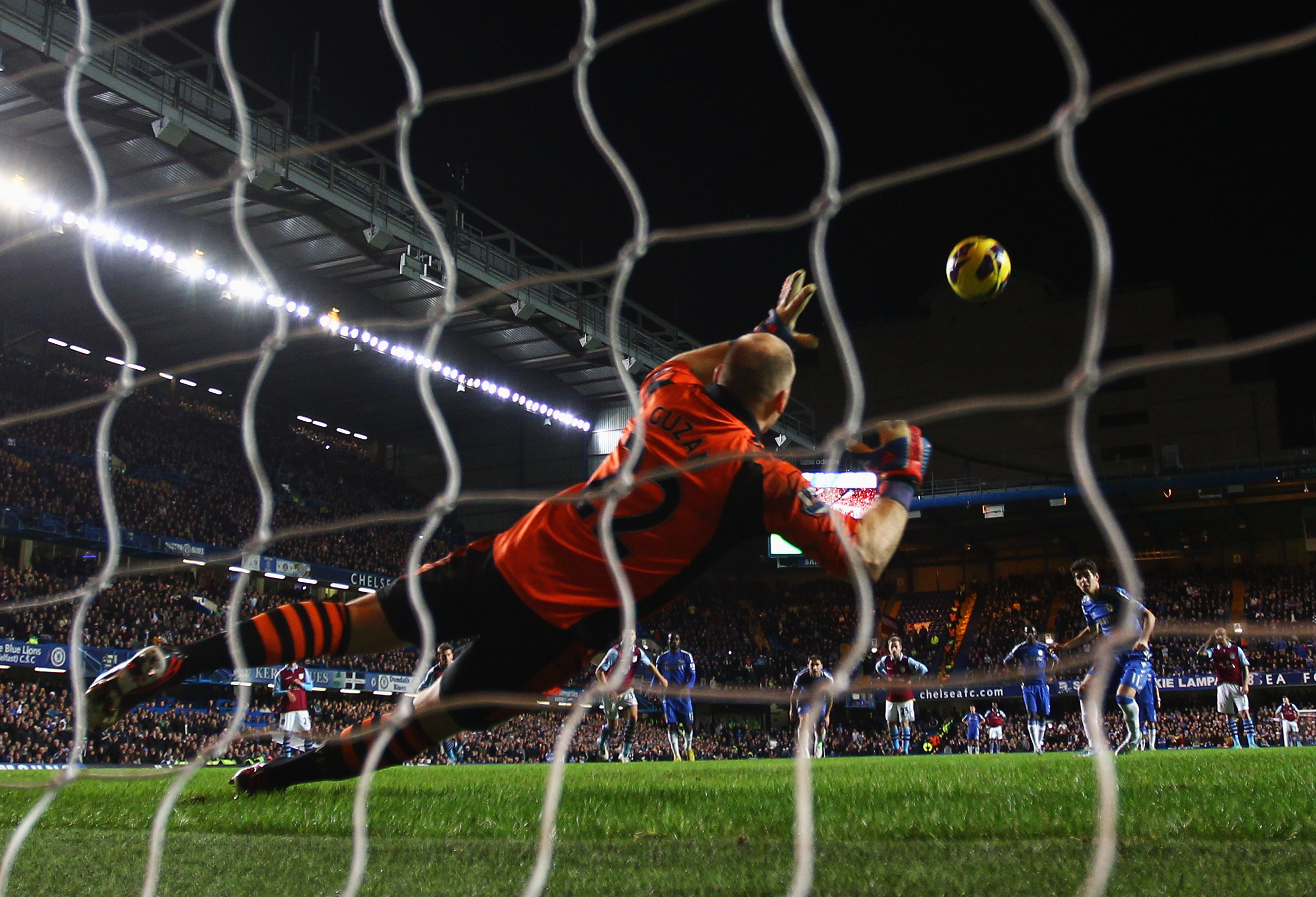Chelsea could do us a solid by doing some more of this against Aston Villa this weekend.