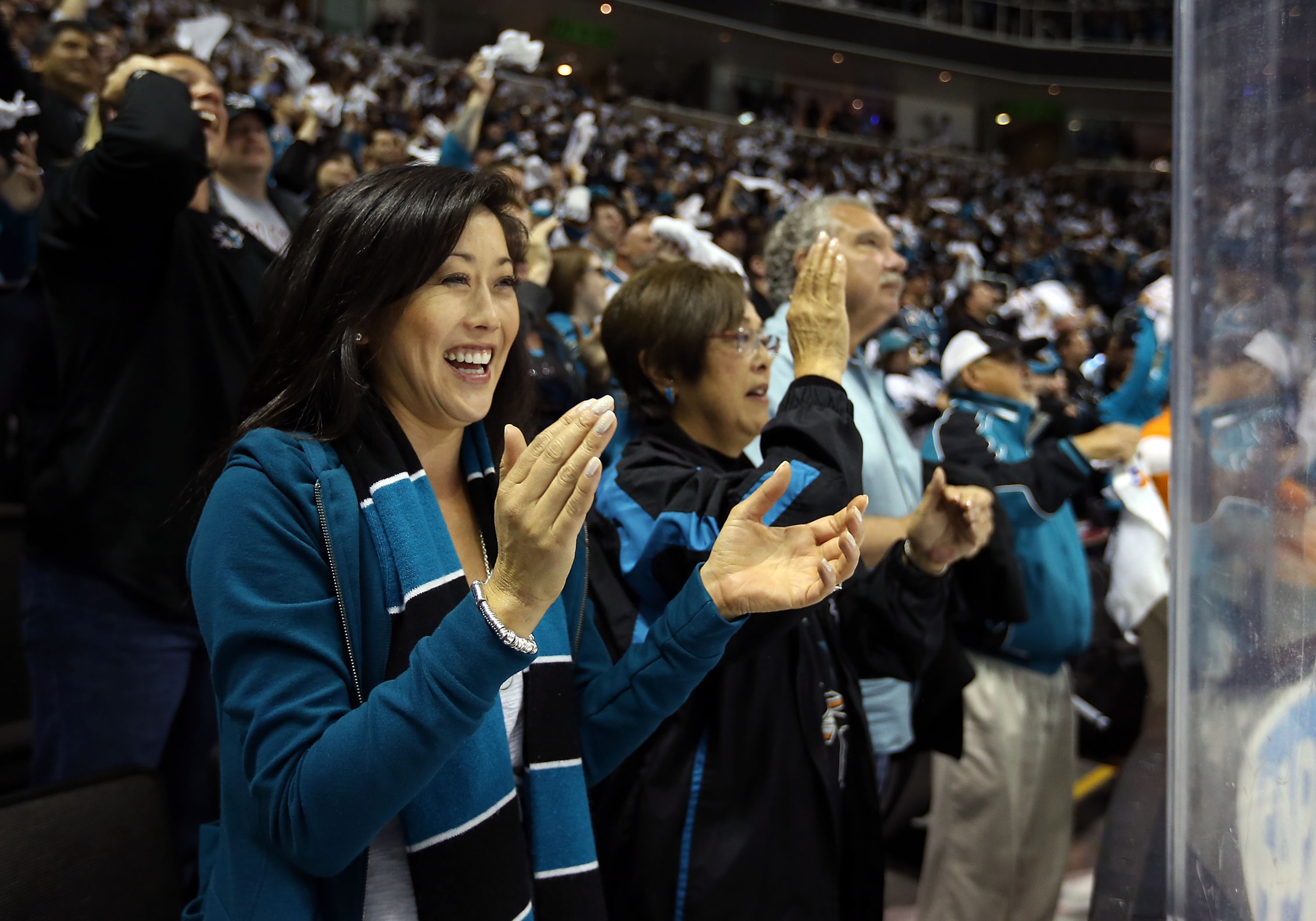 American gold medalist / hero Kristi Yamaguch and the Sharks faithful erupt after a perfectly executed defensive zone faceoff win zone exit.