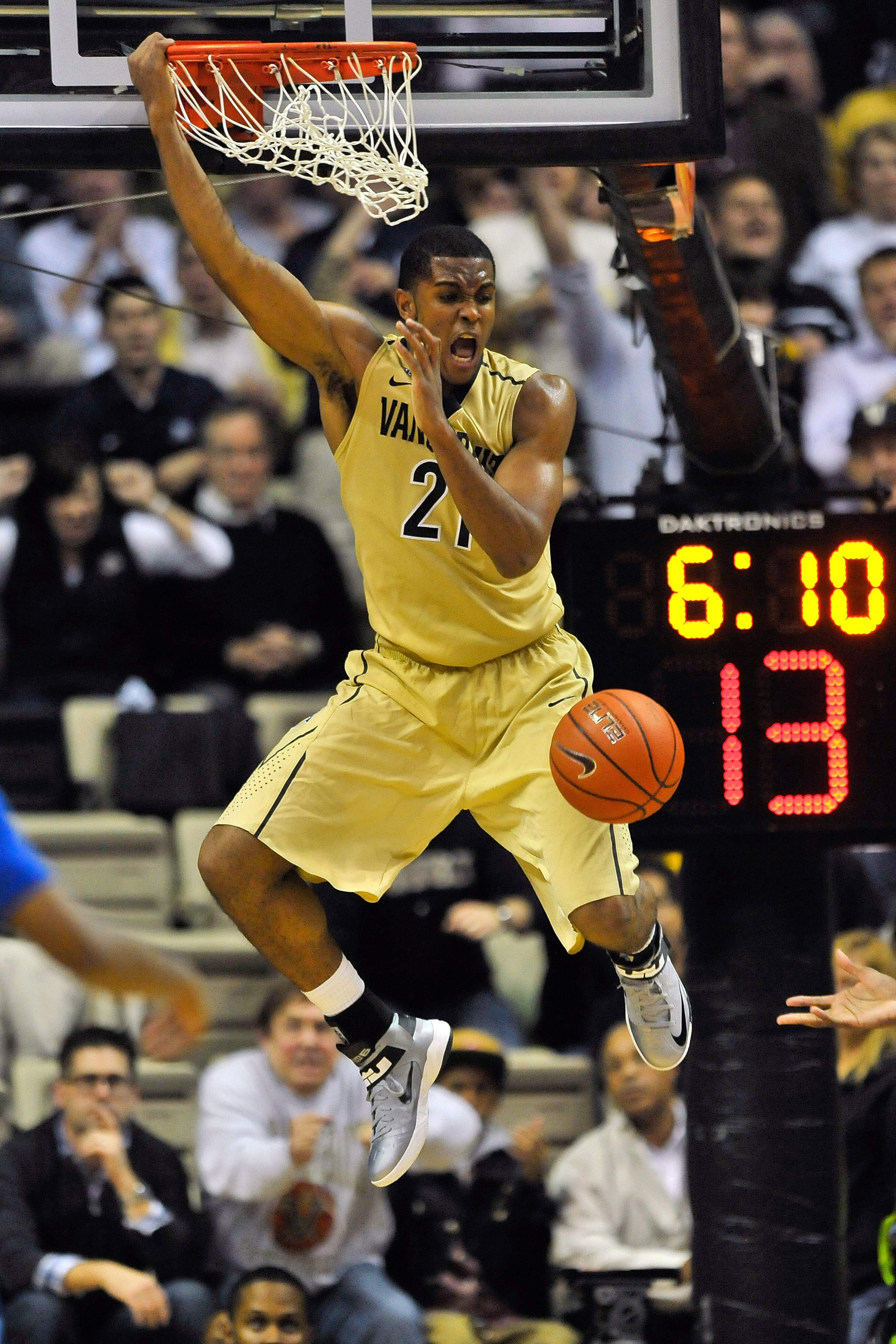 Lest we forget, Sheldon Jeter is a very good basketball player.