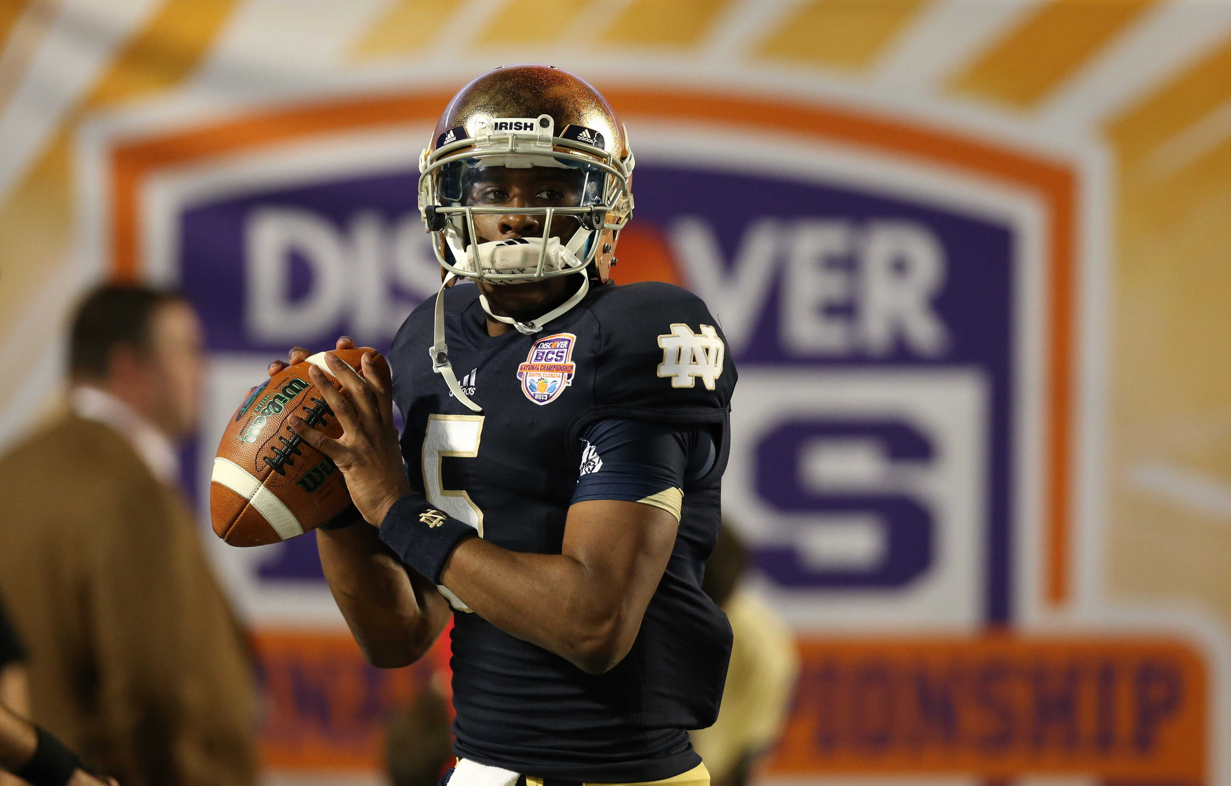 Notre Dame QB Everett Golson no longer enrolled, reportedly due to academics