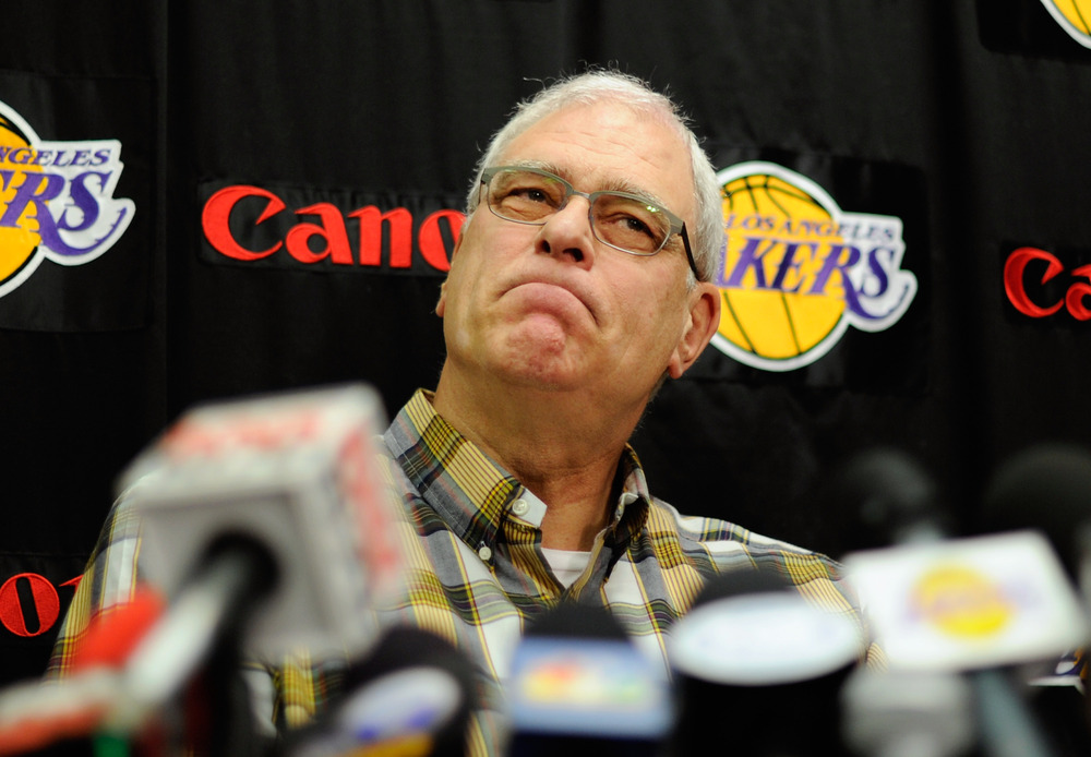 Phil Jackson tweaks Mike D'Antoni, Lakers again in radio interview