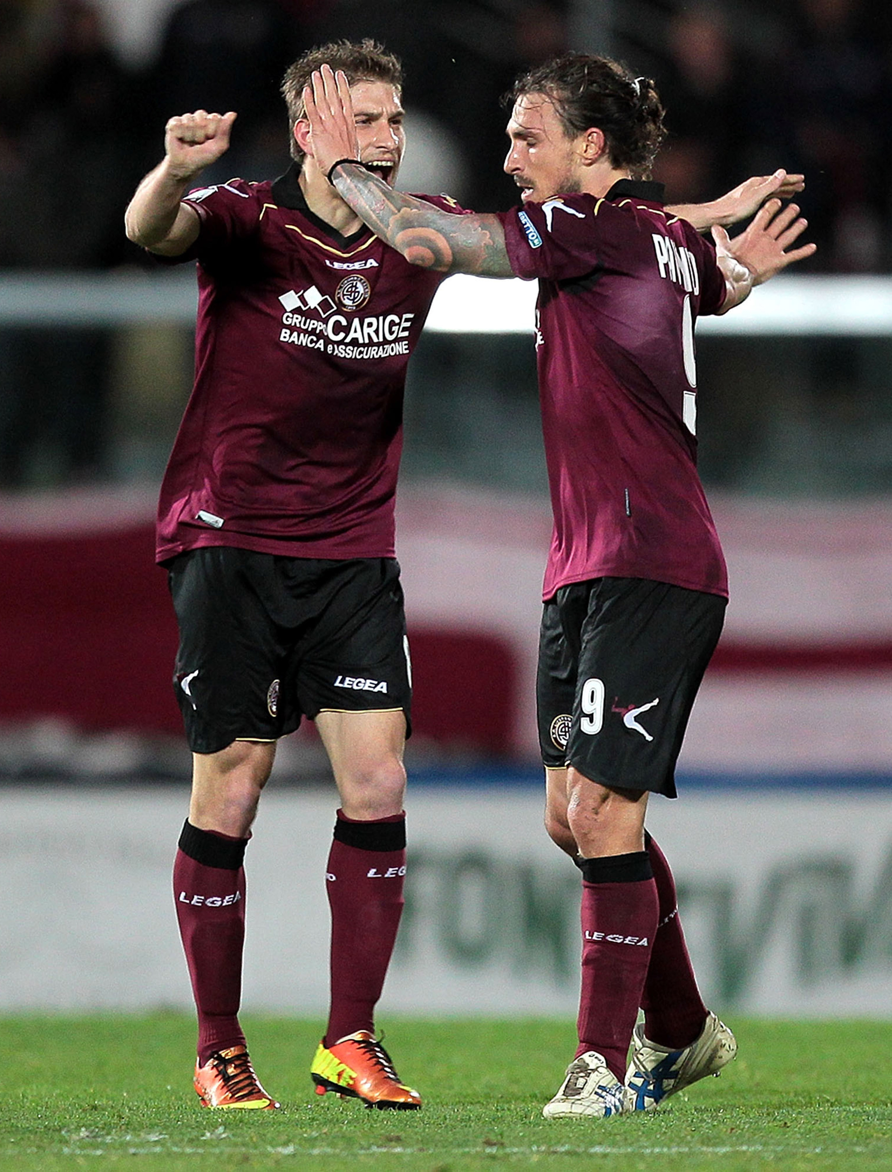 Livorno beat Empoli to win promotion to Serie A