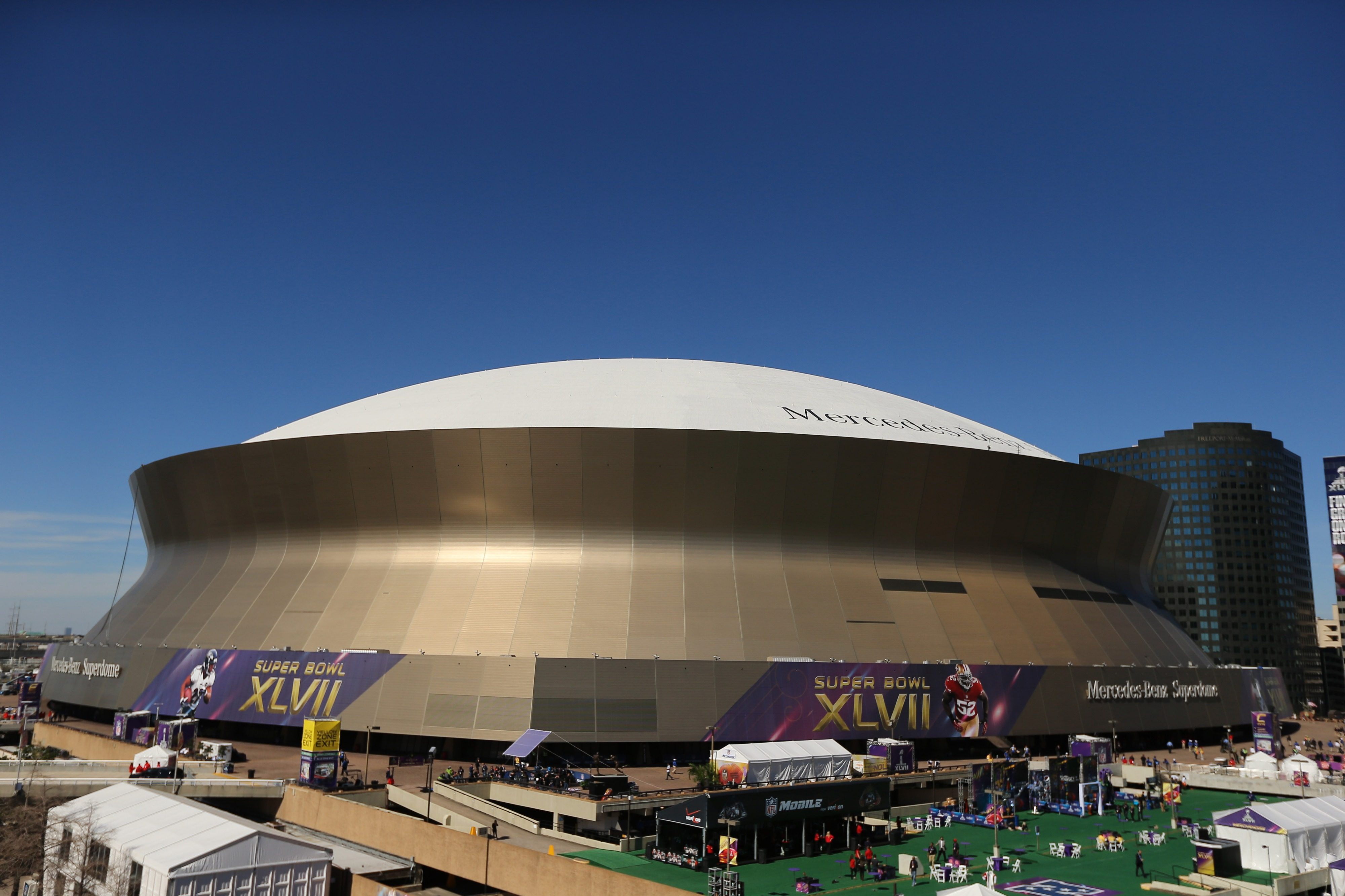 It took a Pope's blessing in 1987 to get a Saints playoff game in this building.