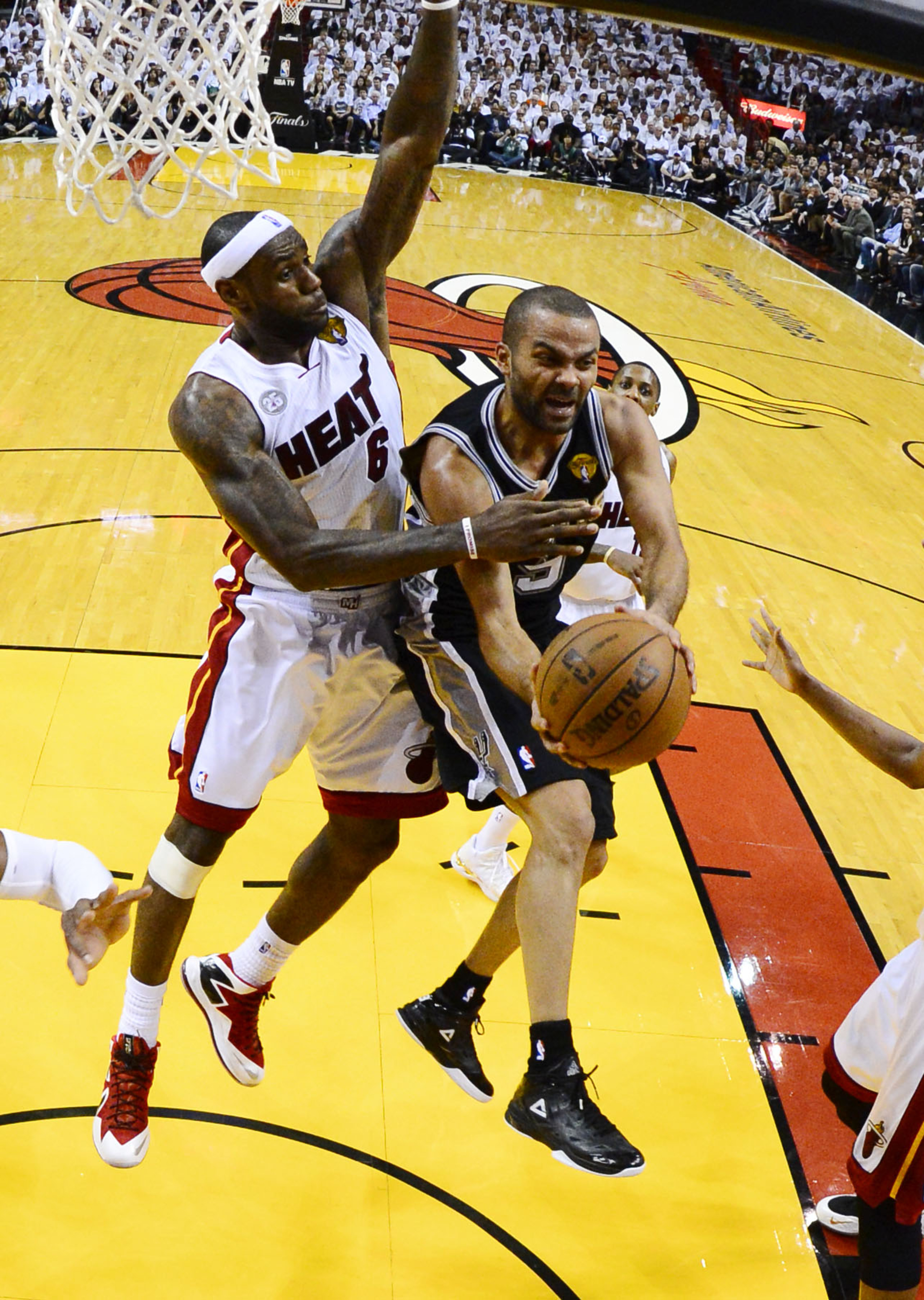 NBA Finals 2013, Spurs vs. Heat Game 2: LeBron James strikes San Antonio for 103-84 win