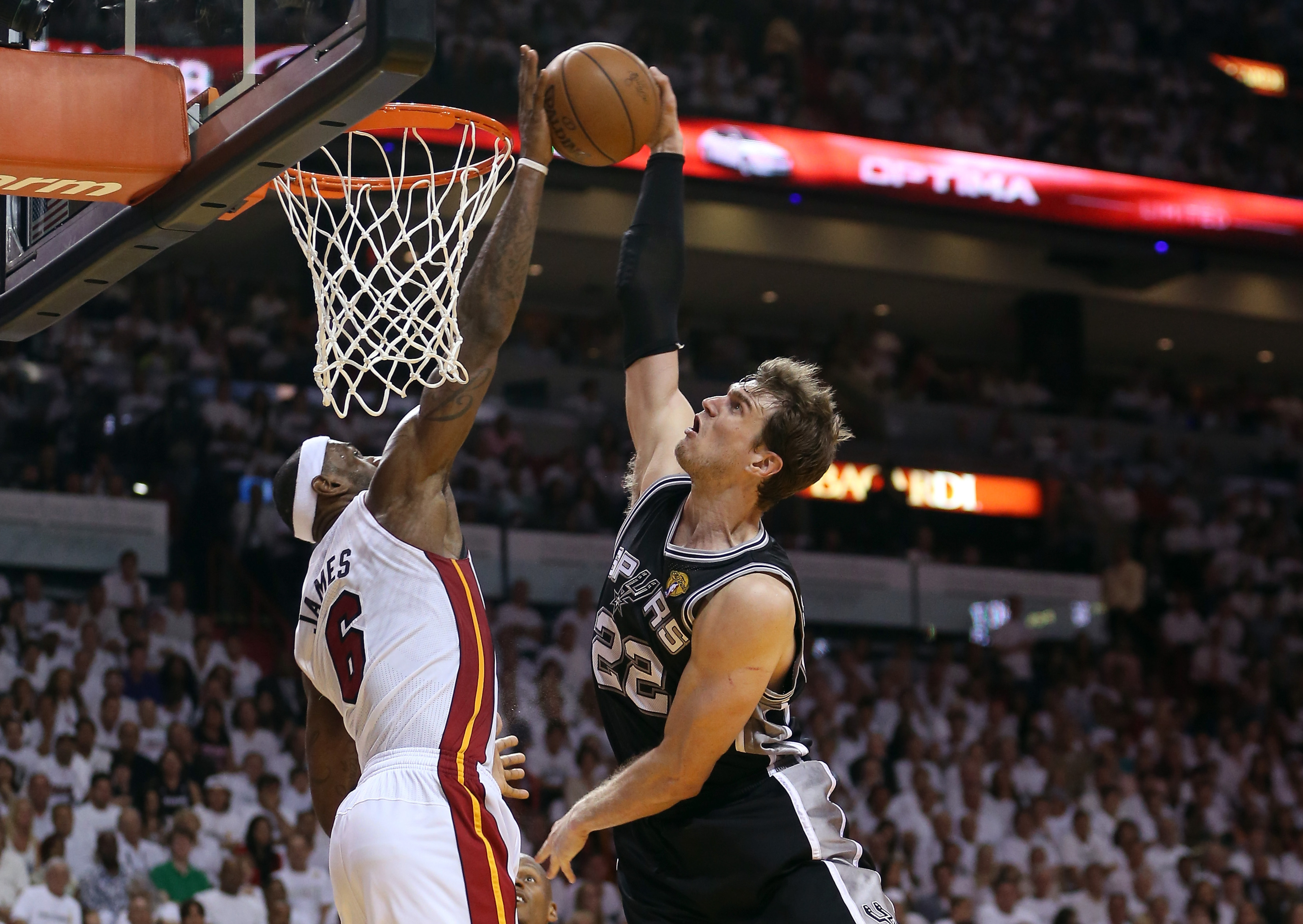 LeBron's block on Tiago Splitter slowed, scored, and exploded