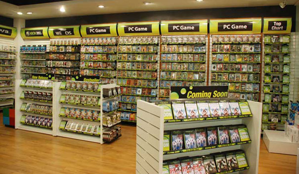 How traditional game stores can survive the digital revolution