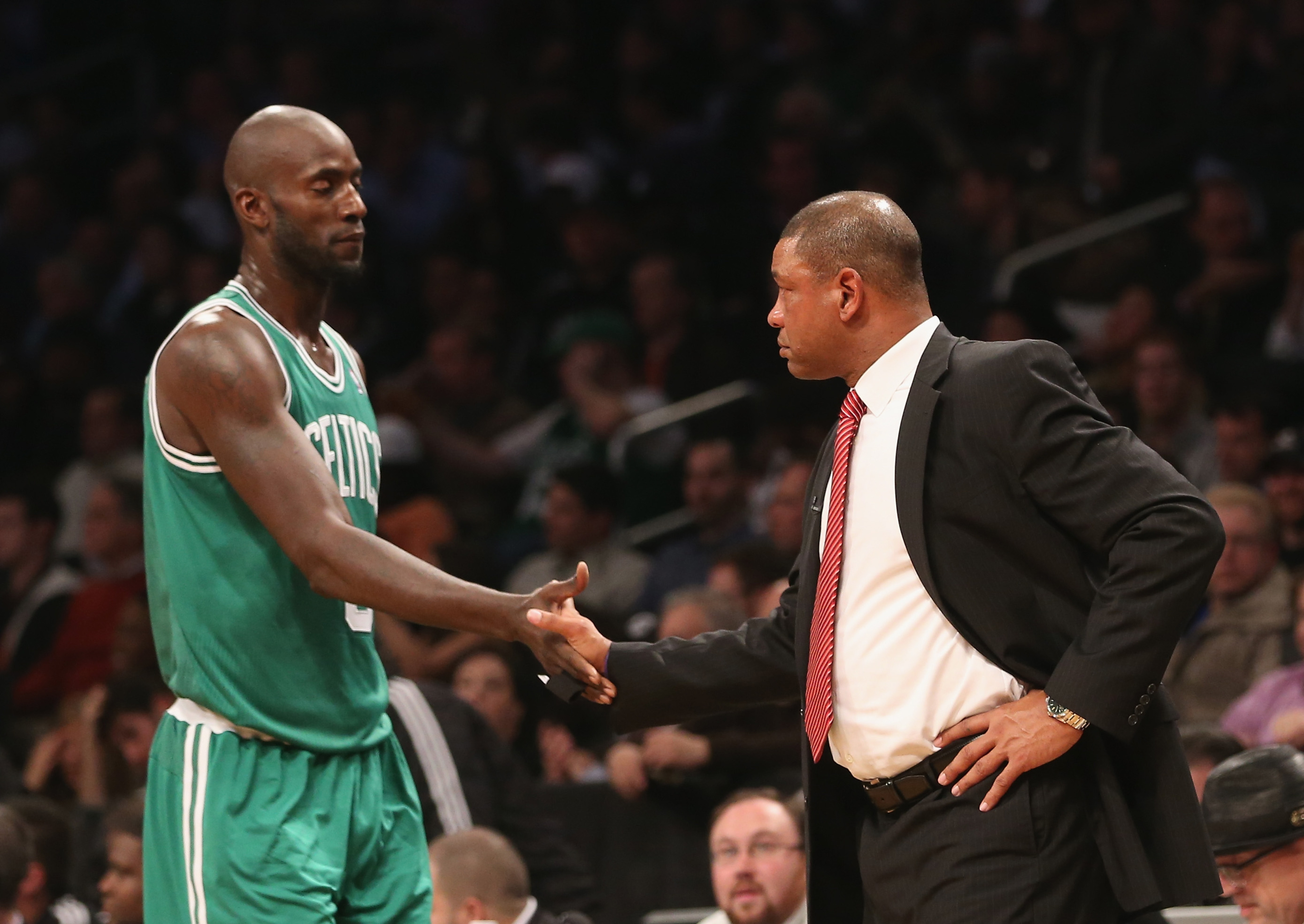 Kevin Garnett would waive no-trade clause to join Clippers, according to report