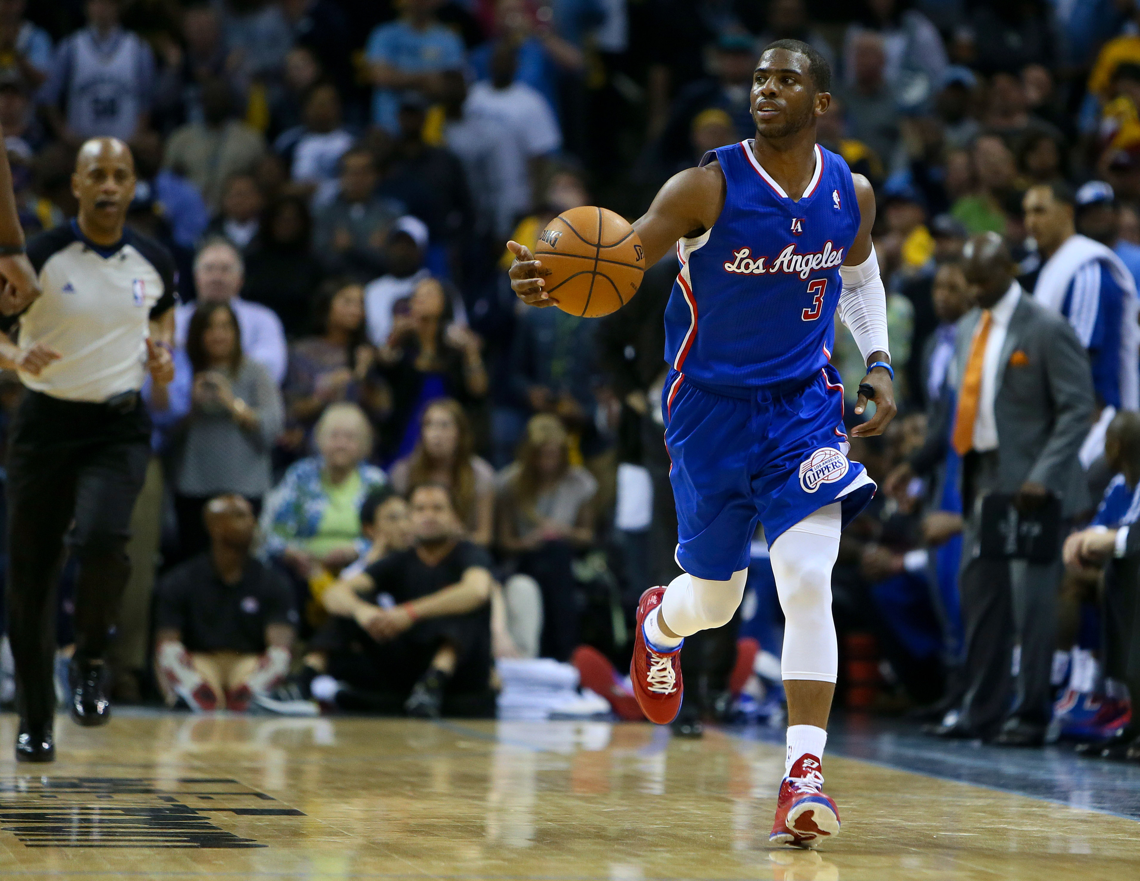 Chris Paul wants Doc Rivers, Kevin Garnett trade to Clippers to go through, per report