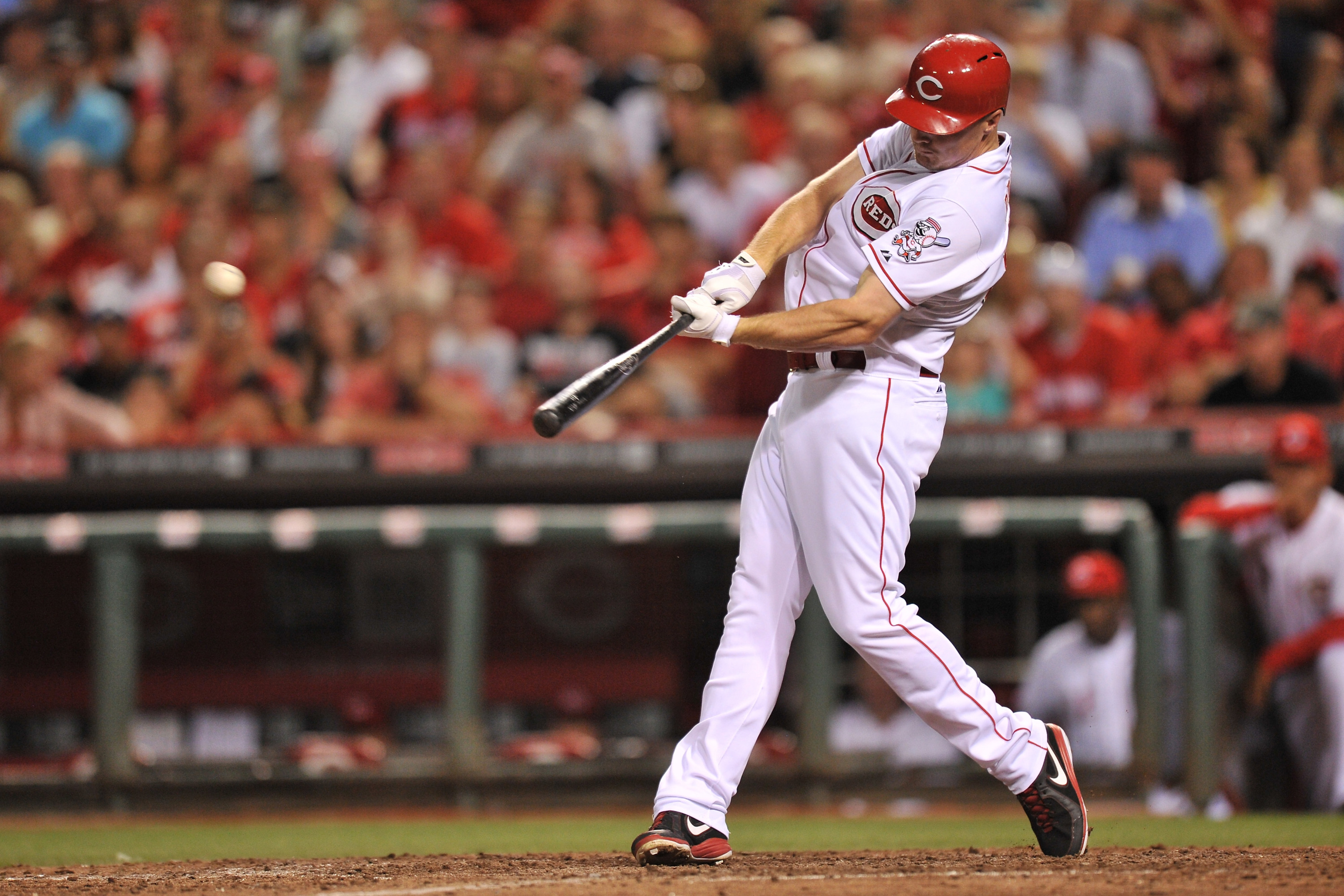 Jay Bruce robs homer, hits his own to send Reds to extras