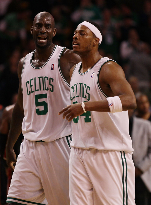 Celtics-Nets trade: Boston gets Gerald Wallace, picks and contracts for Kevin Garnett, Paul Pierce, according to report