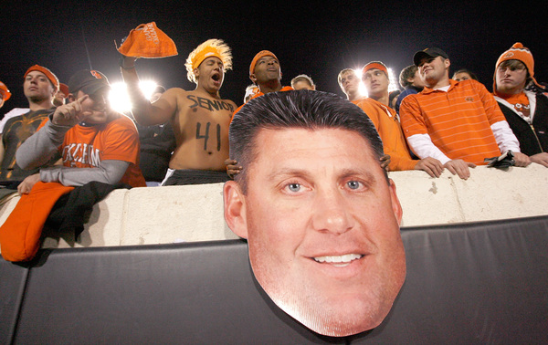 What a Quagmire-ish picture of Mike Gundy.