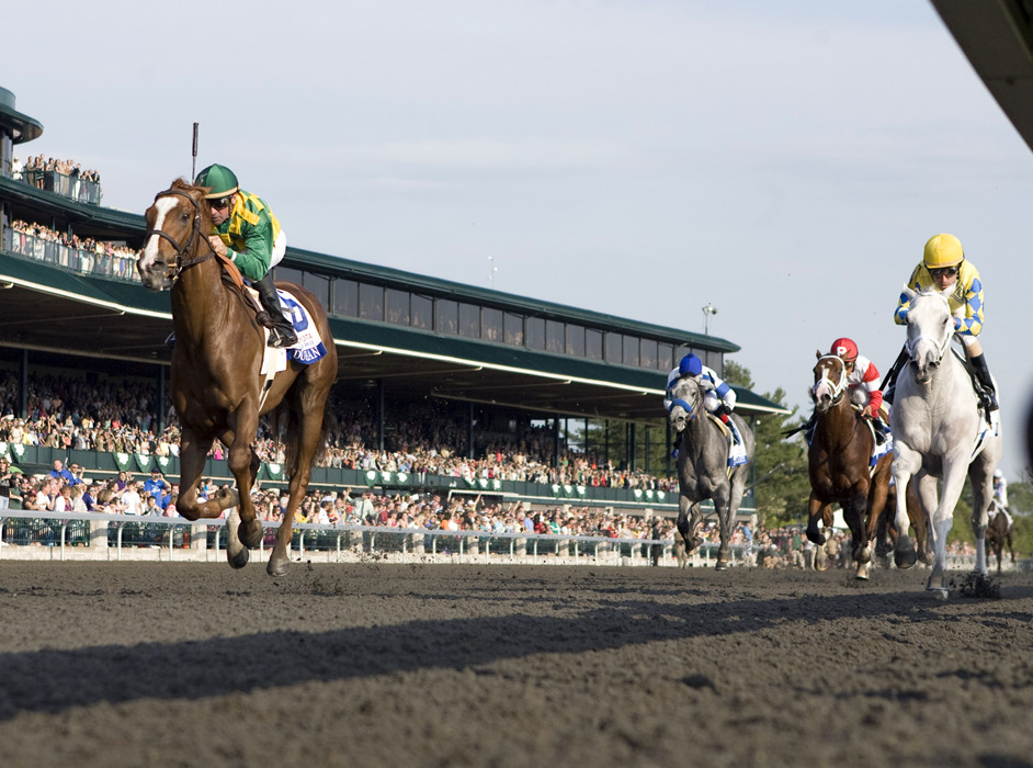 Dullahan returns from Dubai to run in Saturday's Arlington Handicap on Million Preview Day.